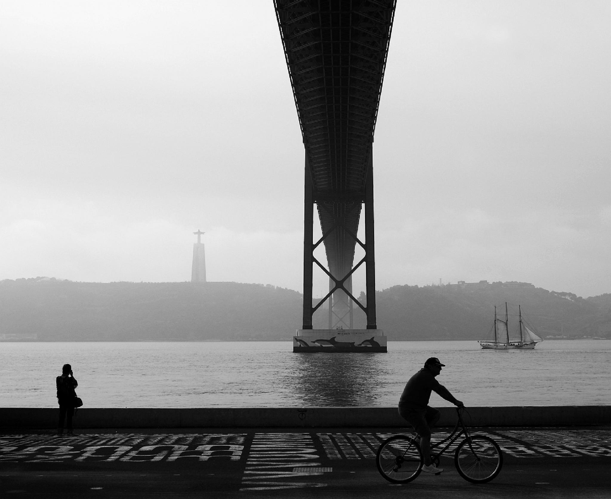 Photo in Black and White #lisboa #p&b #portugal #ponte #b&w
