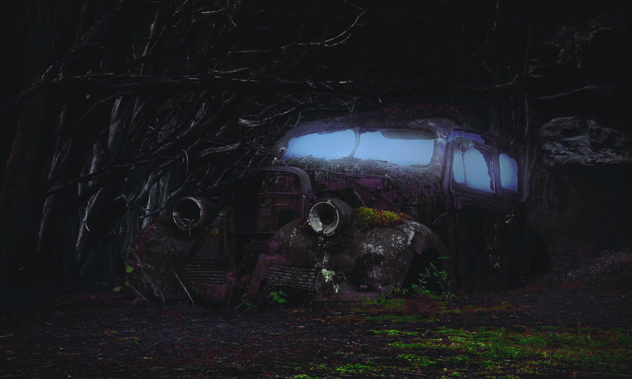 HAUNTED CAR by VJEKO