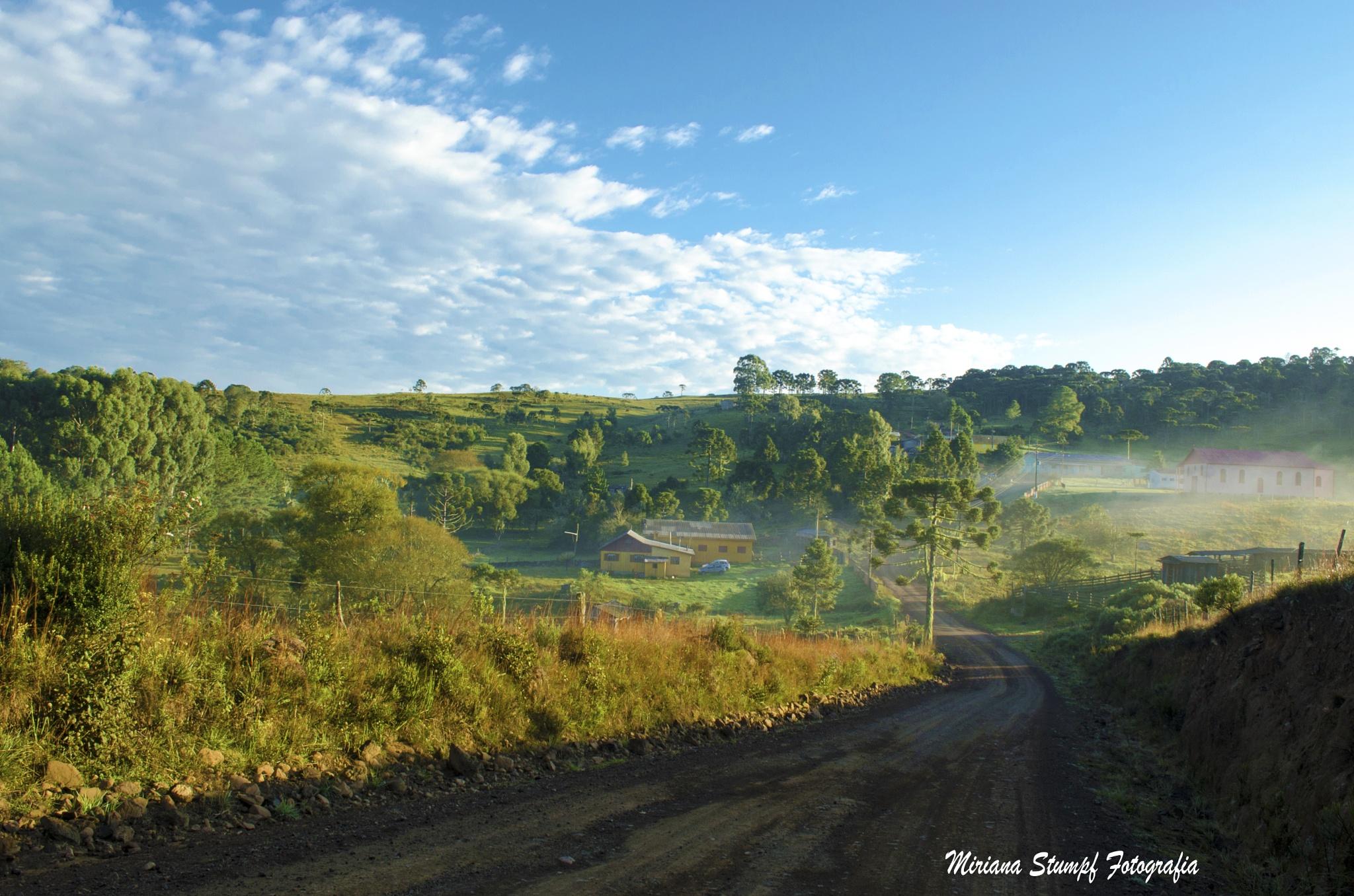 Photo in Landscape #céuazul #bluesky #nuvem #cloud #verde #green #nature #natureza #montanha #moutain #árvore #tree #casa #house #estrada #street #rural #sãojosédosausentes #riograndedosul #brazil #paisagem #landscape