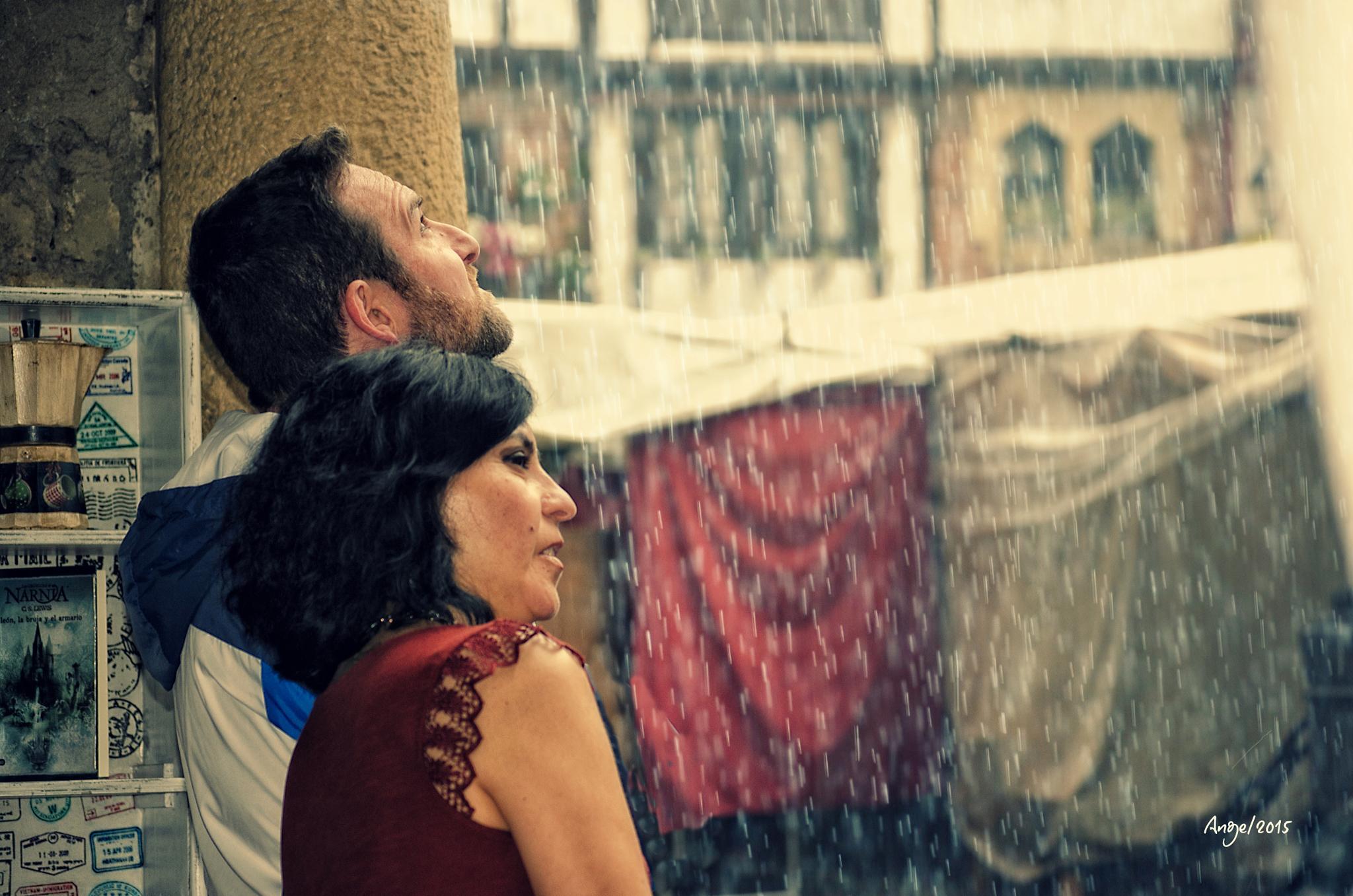 De repente...la lluvia by ANGELINESGOMEZLORENZO