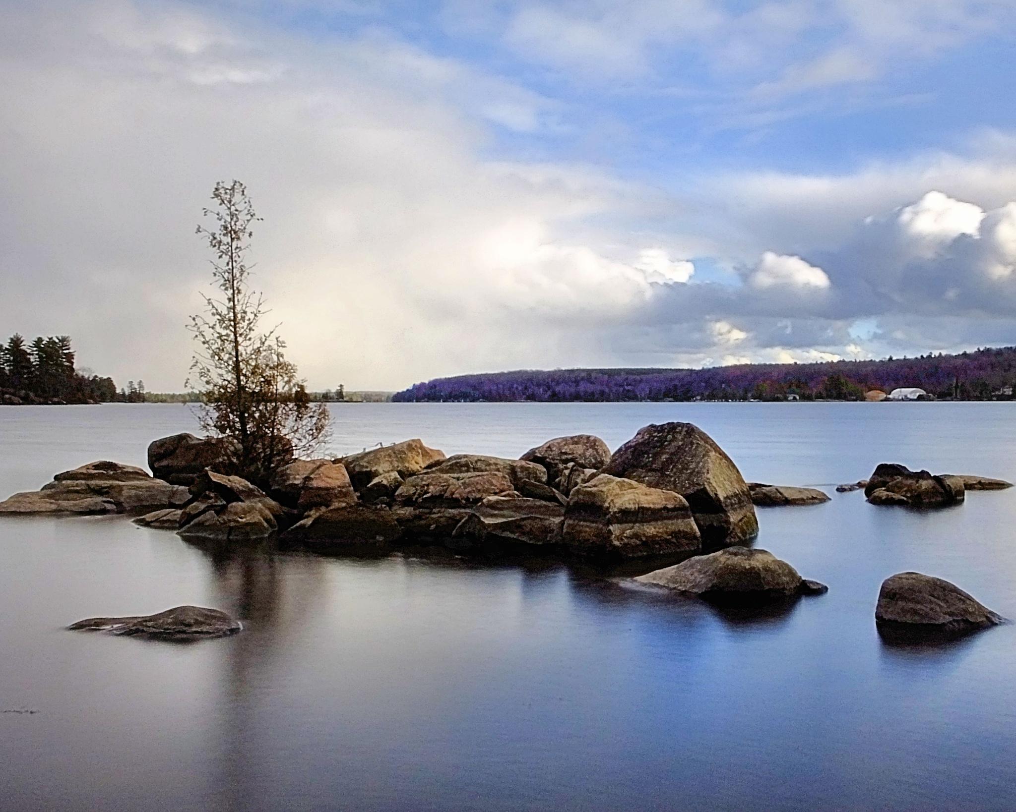 Buckhorn Lake 2 by ptbocarl