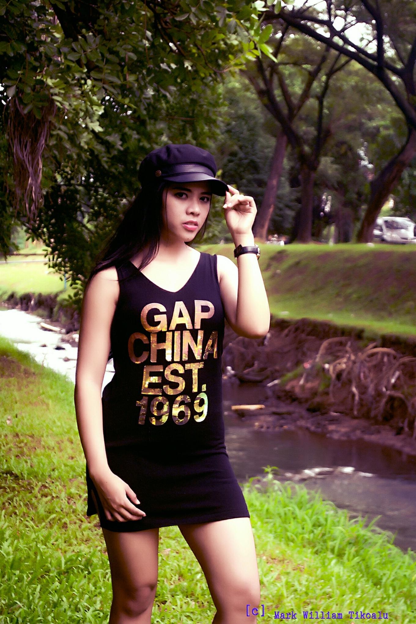 Captain girl by IA Studio by Mark W Tikoalu