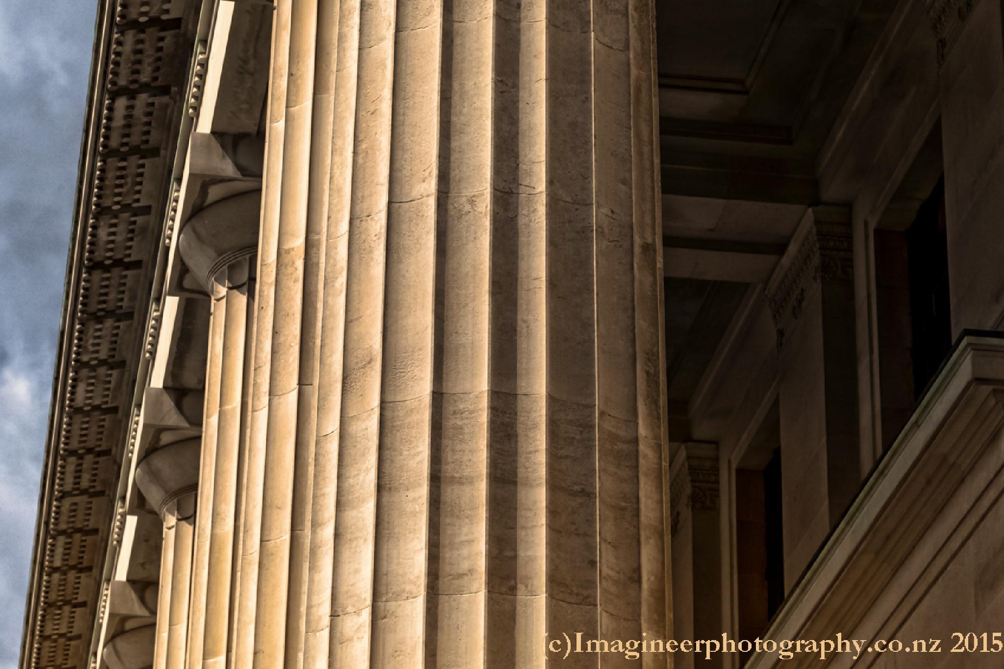 Columns by Bobby Stubblefield