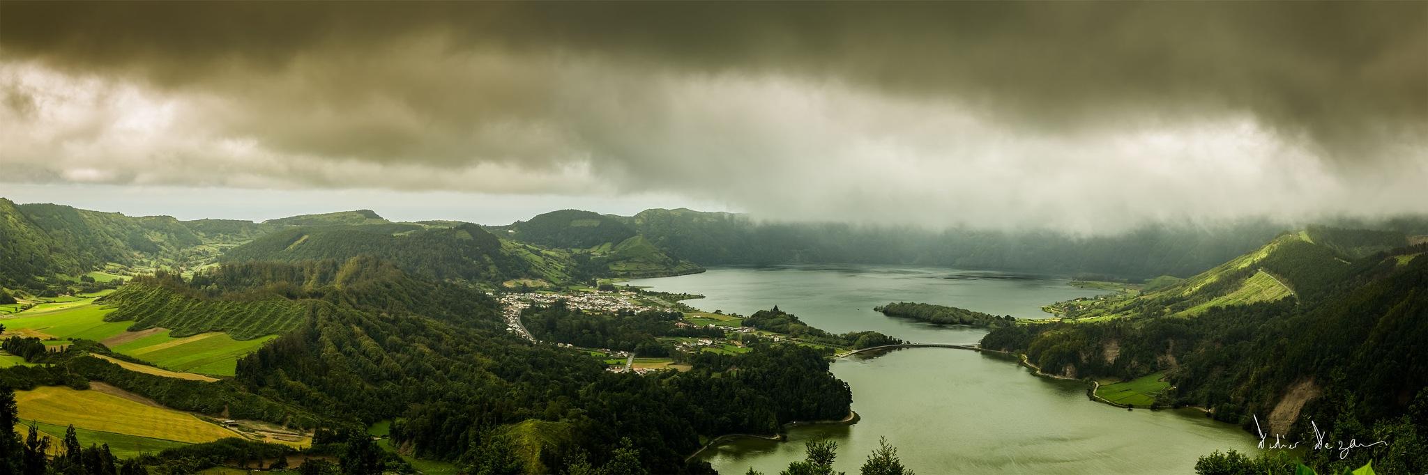 Sete Cidades  by DidierDEZAN
