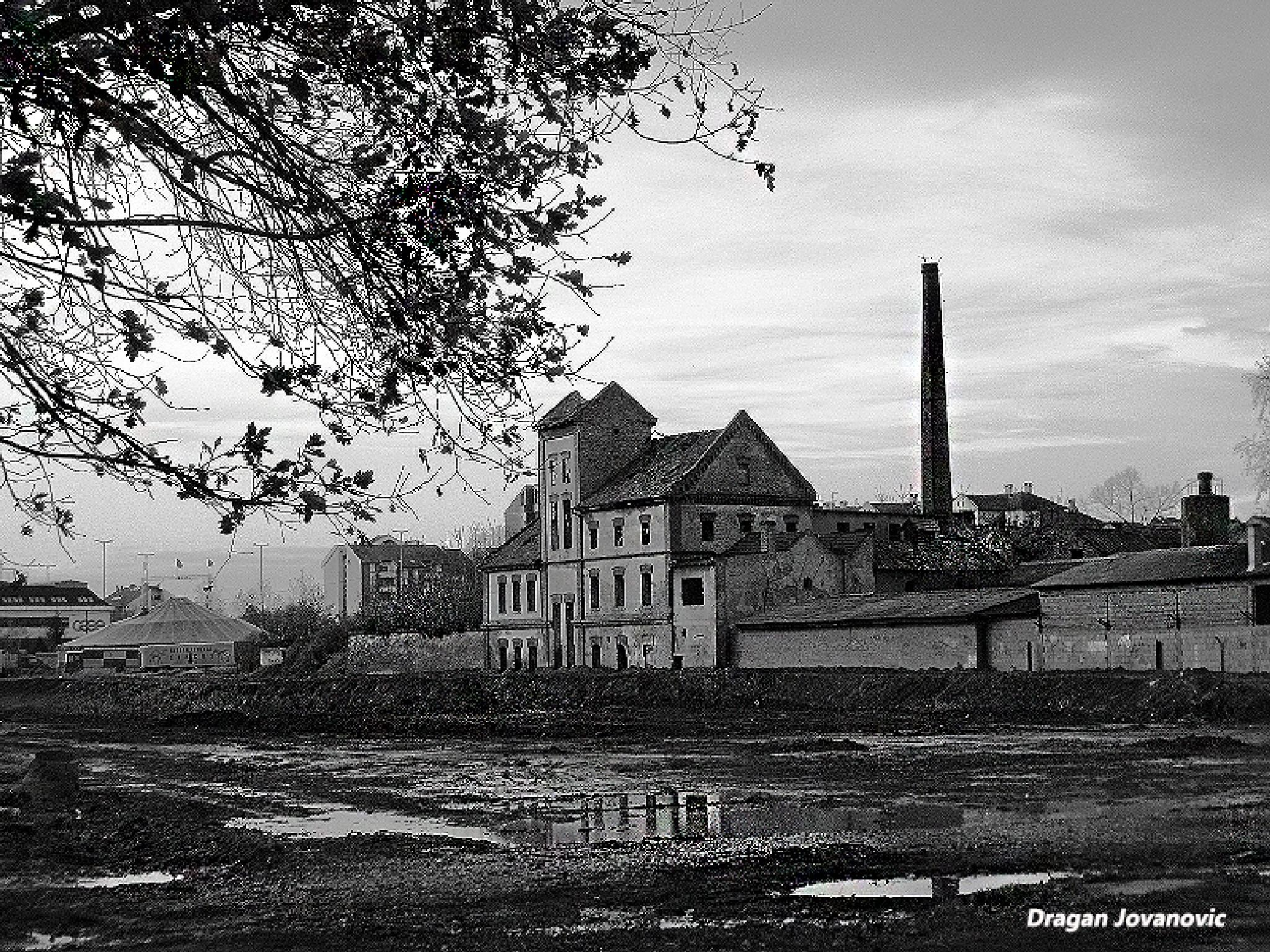 Old factory by espanol1950