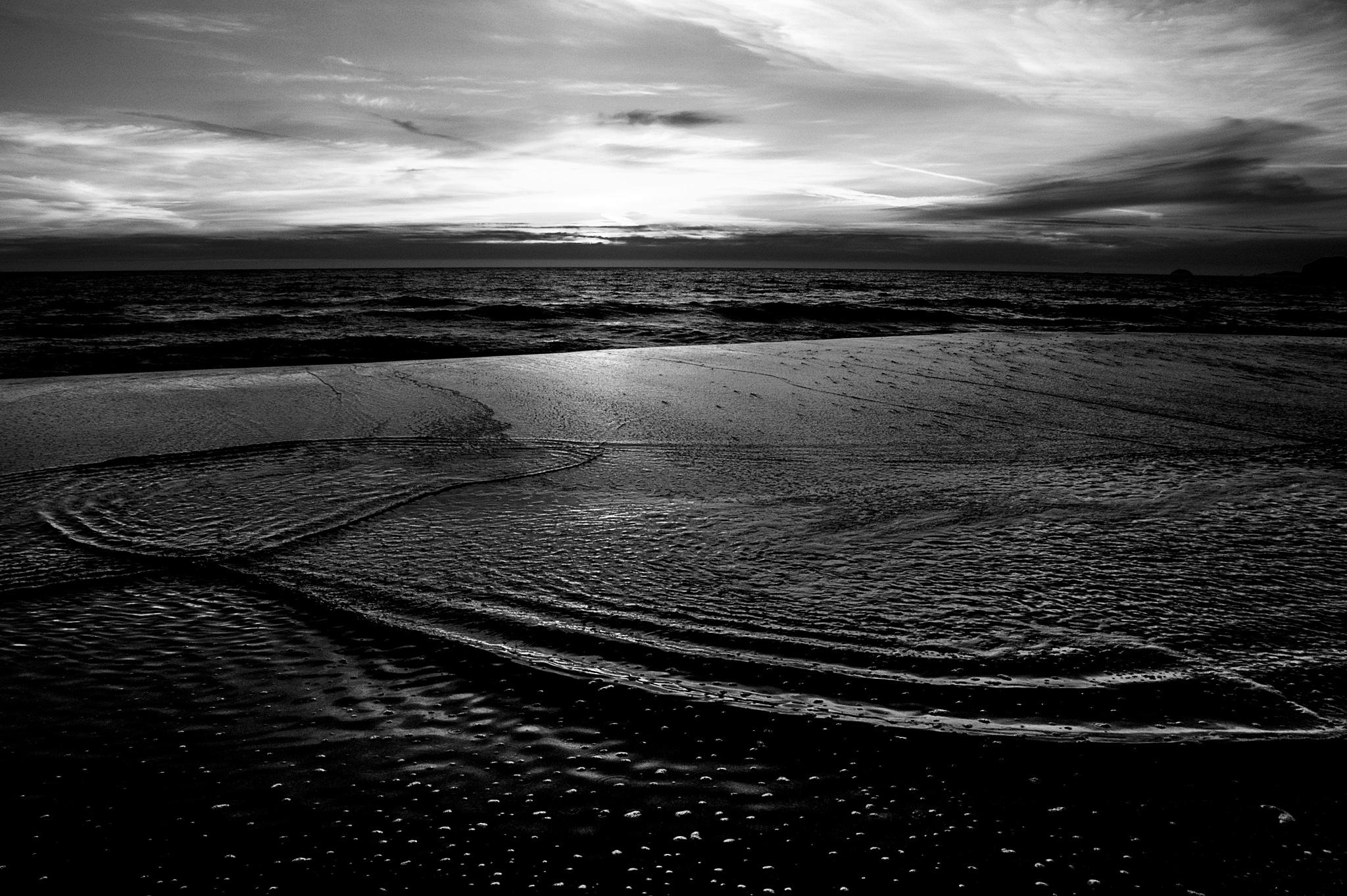 sunset on Oregon beach by sonny_roger_sonneland