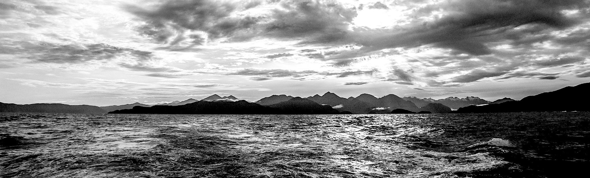 fiordland new zealand by sonny_roger_sonneland