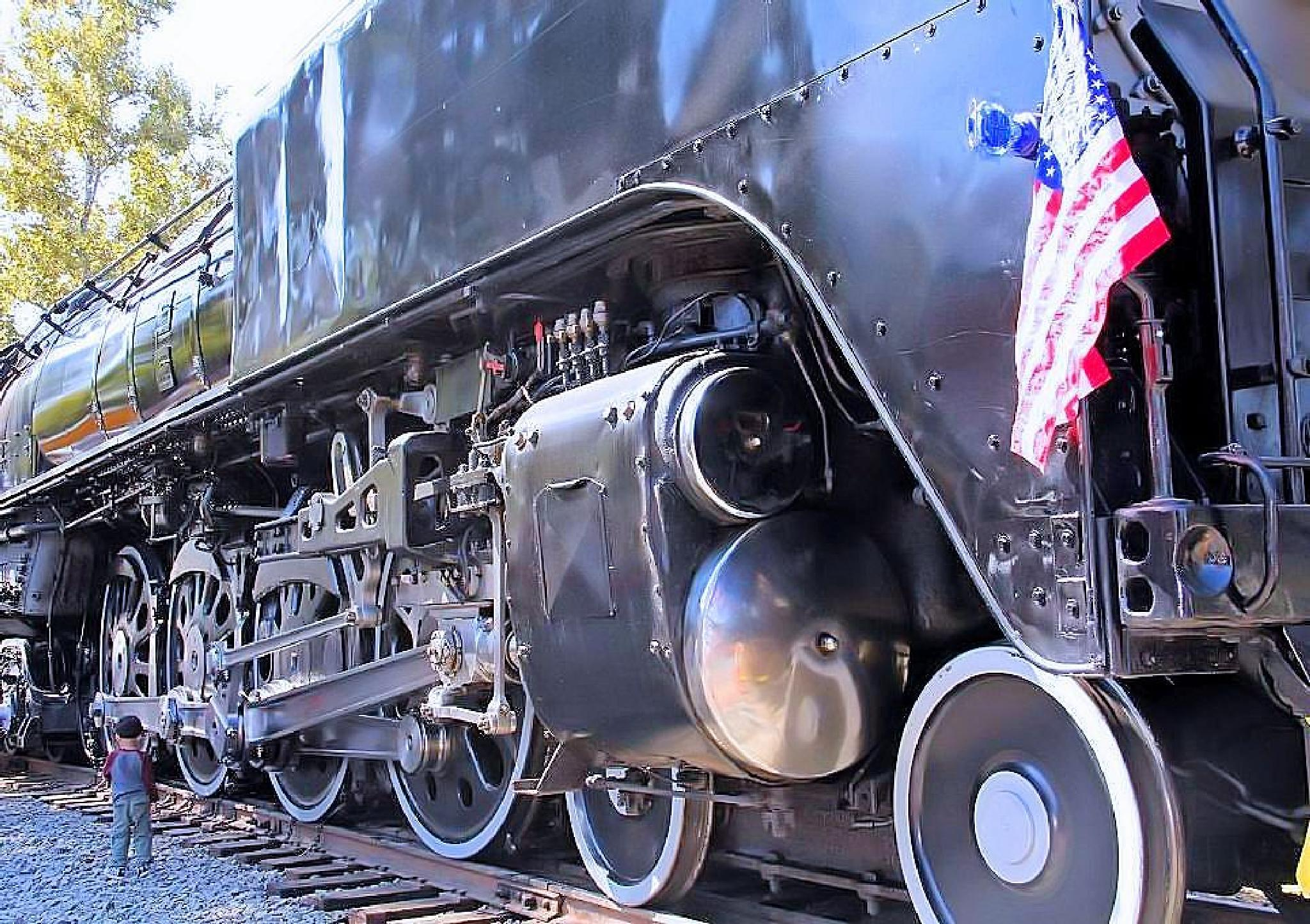Locomotive by Mike Thompson