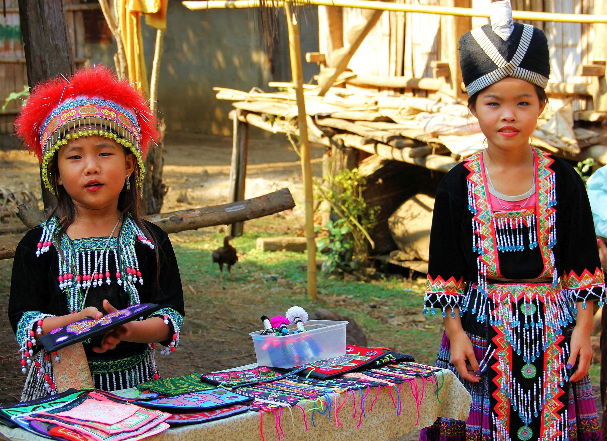Hmong girls by Mike Thompson