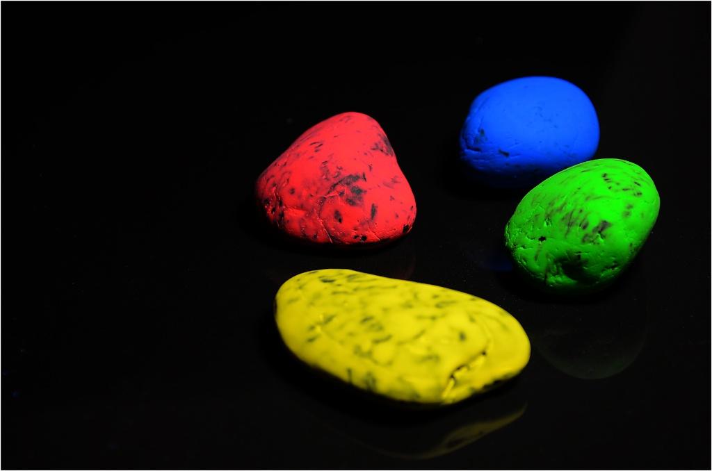 Color Stones by Bertie Price