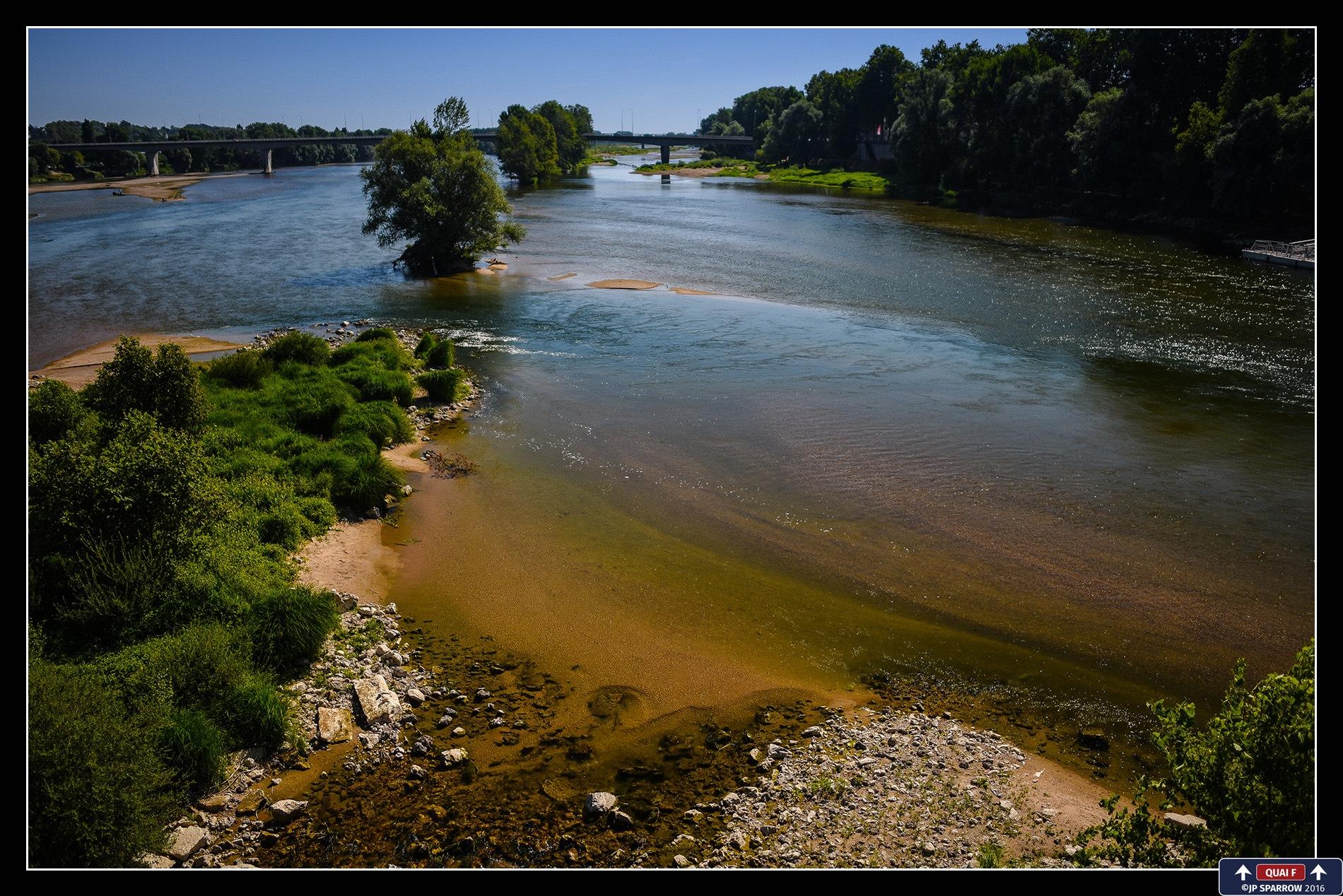 France - Loire Valley by GRAFFICSTUDIOS - JP SPARROW