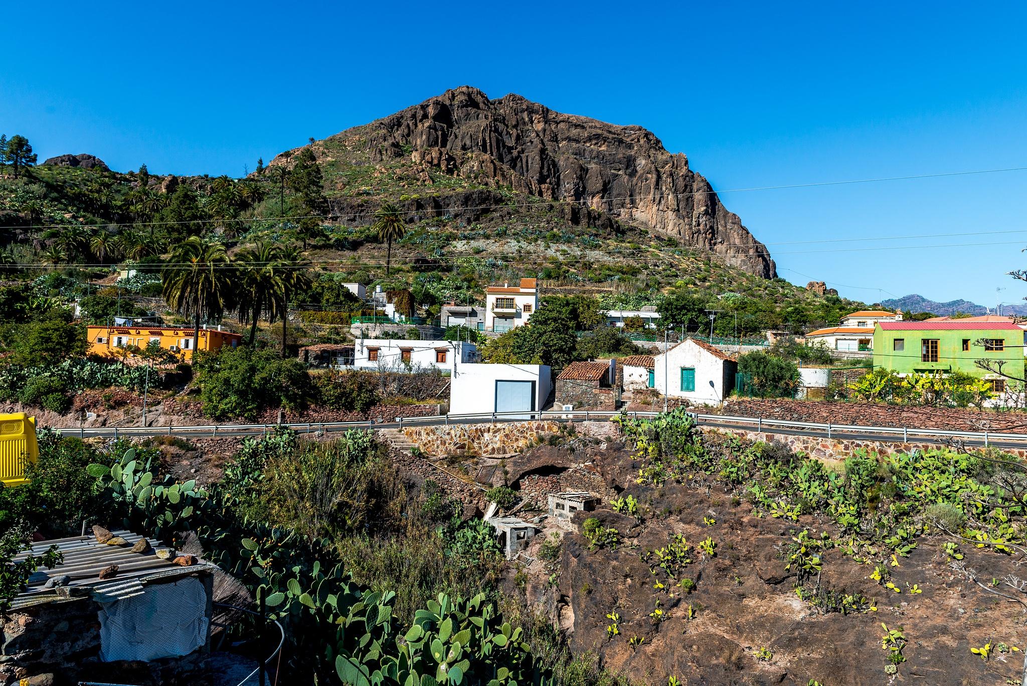 Spanish Town on Gran Canaria by Hyen