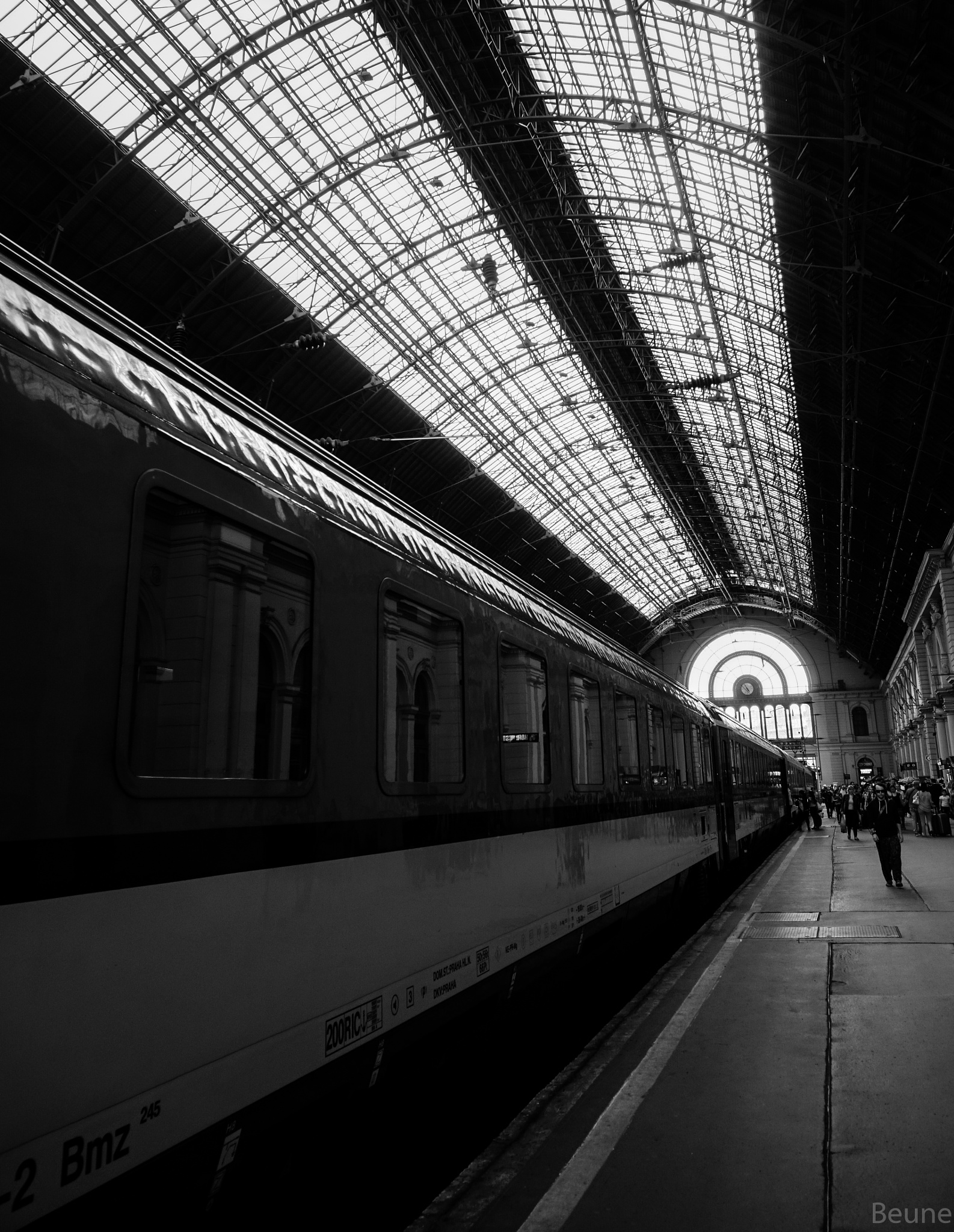 Train station by beune