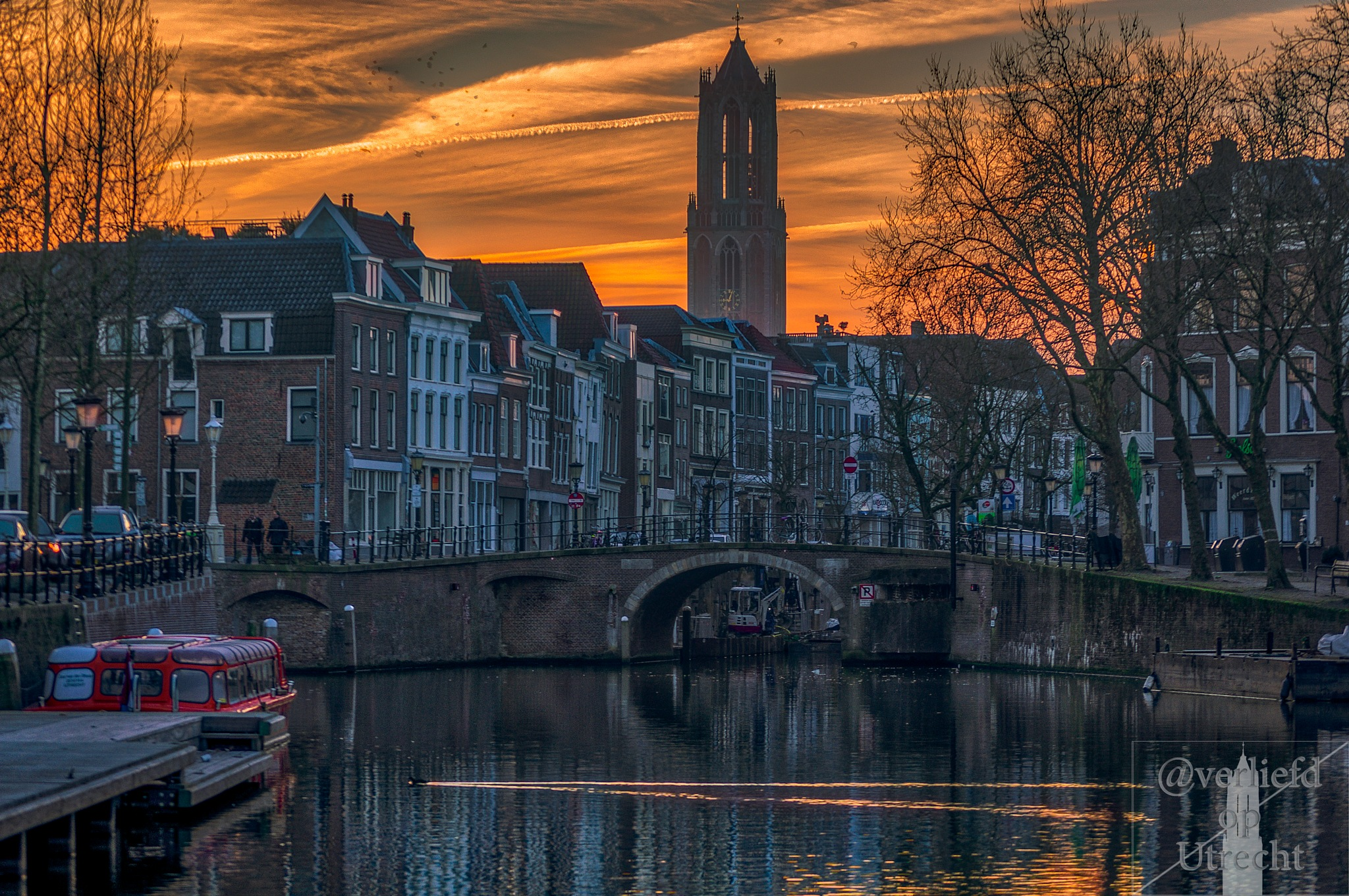 Dutch canals are awesome!!! by Robin Pulles
