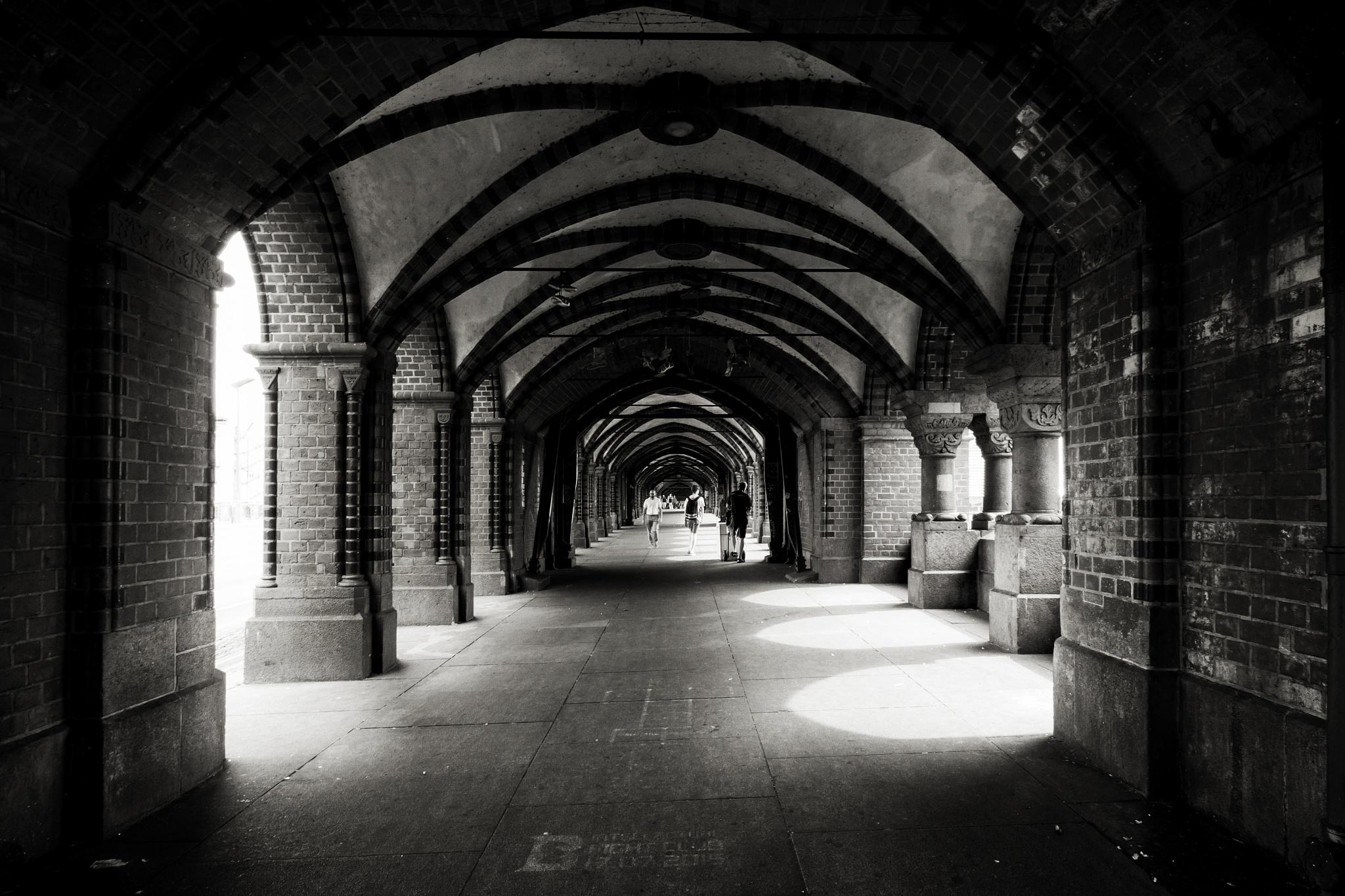 Passage by Lothar Bendix