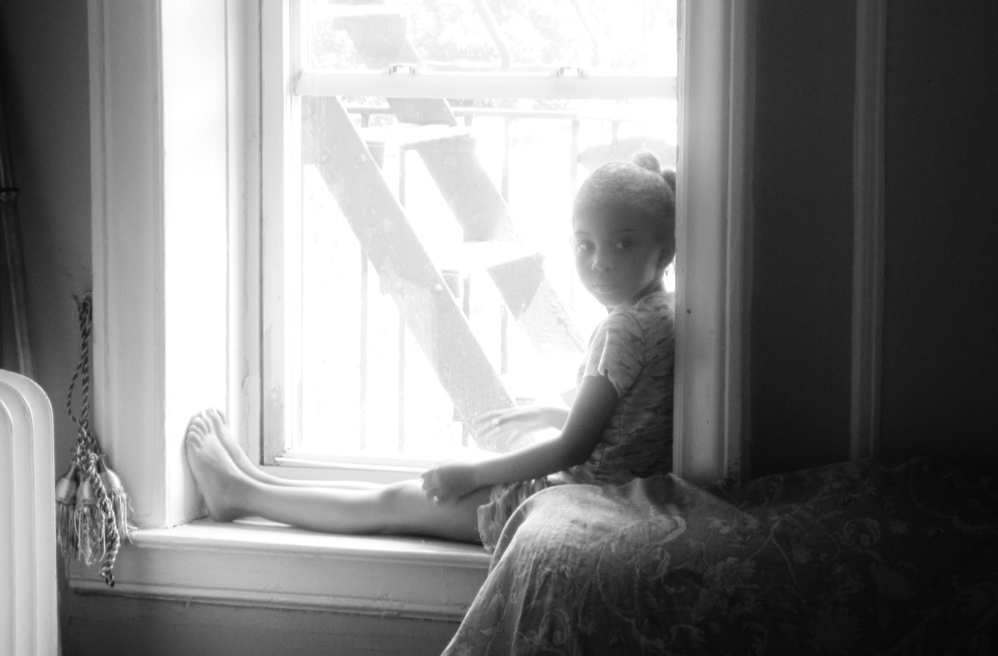 Little Girl, Big City by cgsahar