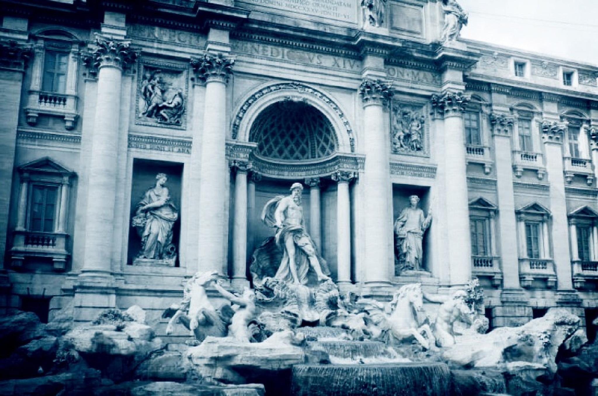 My fave fountain :)  by Scrapbook Photography