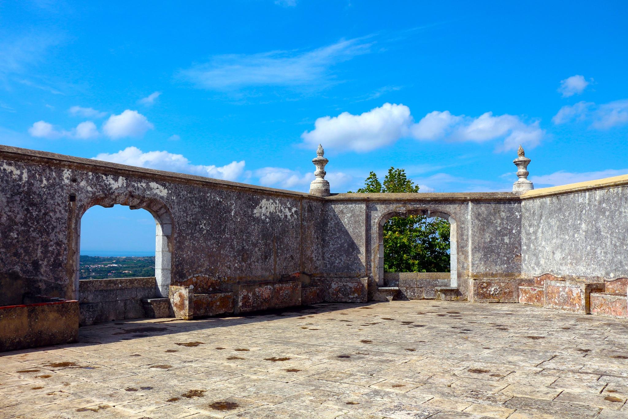 Pátio do Palácio Nacional de Sintra by BrandHaus