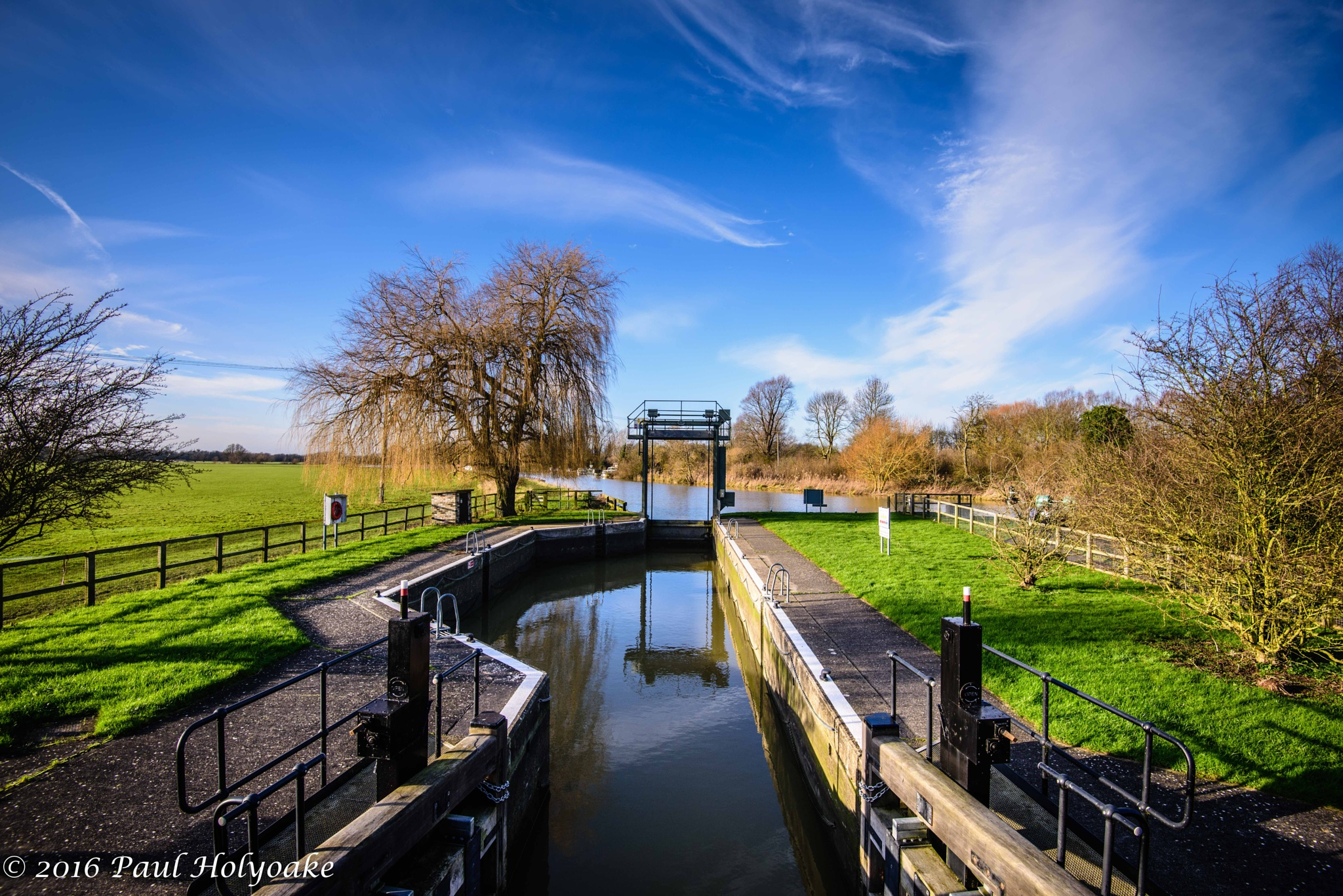 River Lock by Photon