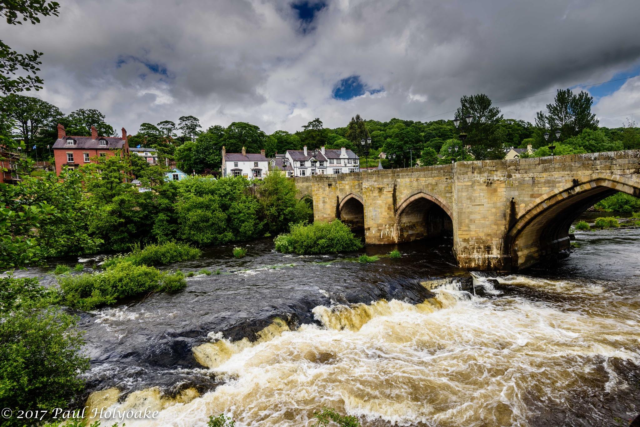 Llangollen Bridge by Photon