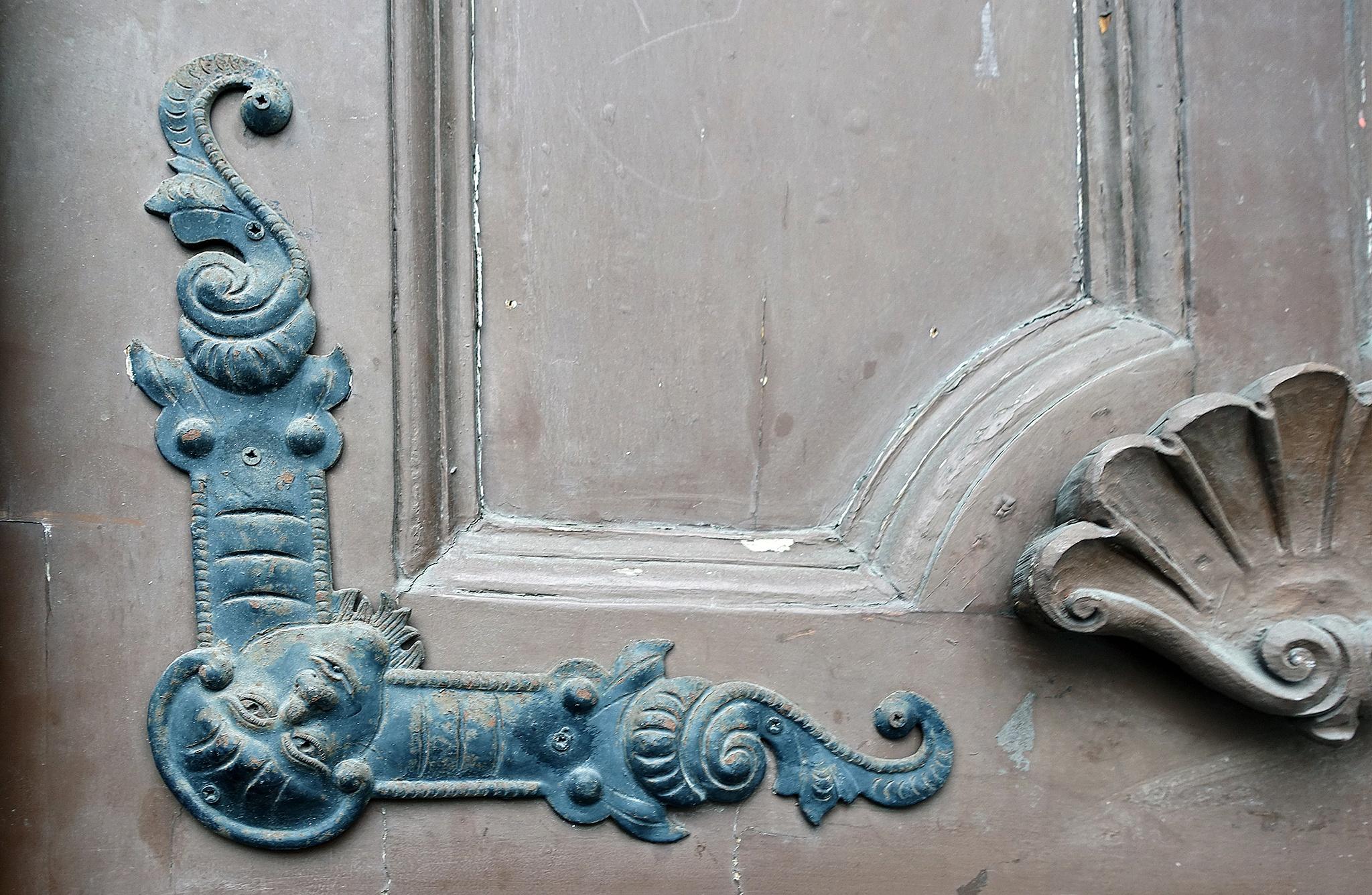 the door by per f andersen