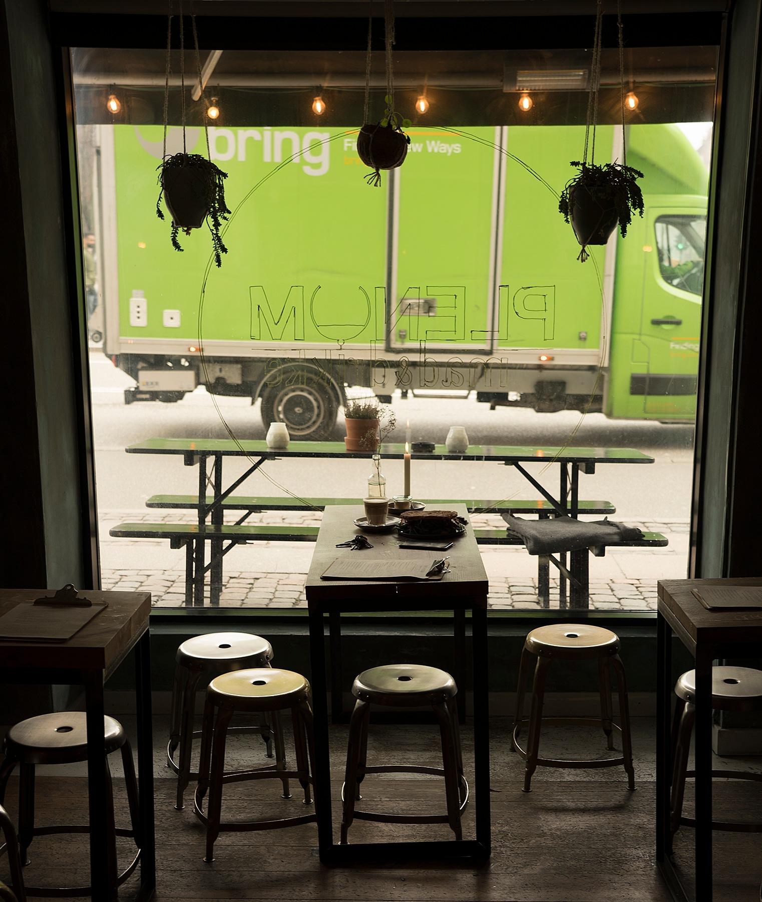 café Plenum by per f andersen