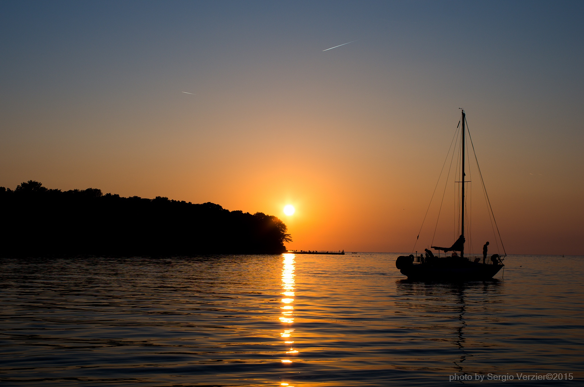 sunset summer season end by Photo by Sergio Verzier