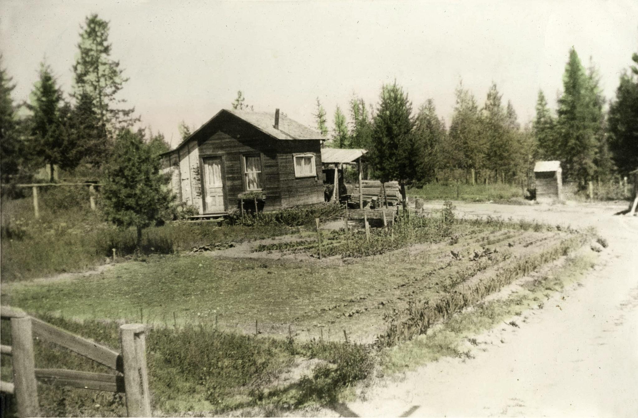 American saga : Whitefish, Montana, 1935 by Martine de Lajudie