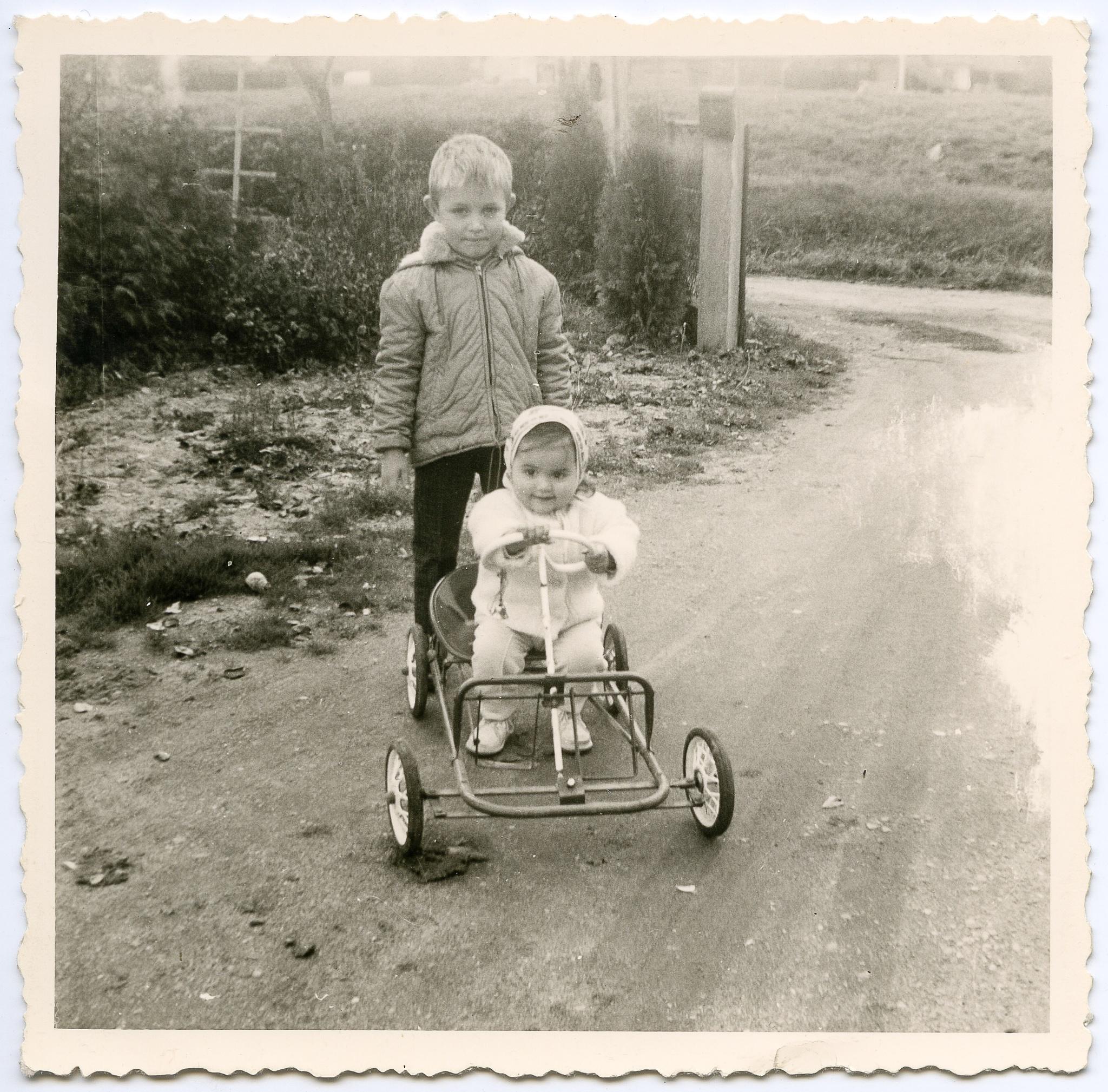 The pedal car, ca 1965 by Martine de Lajudie