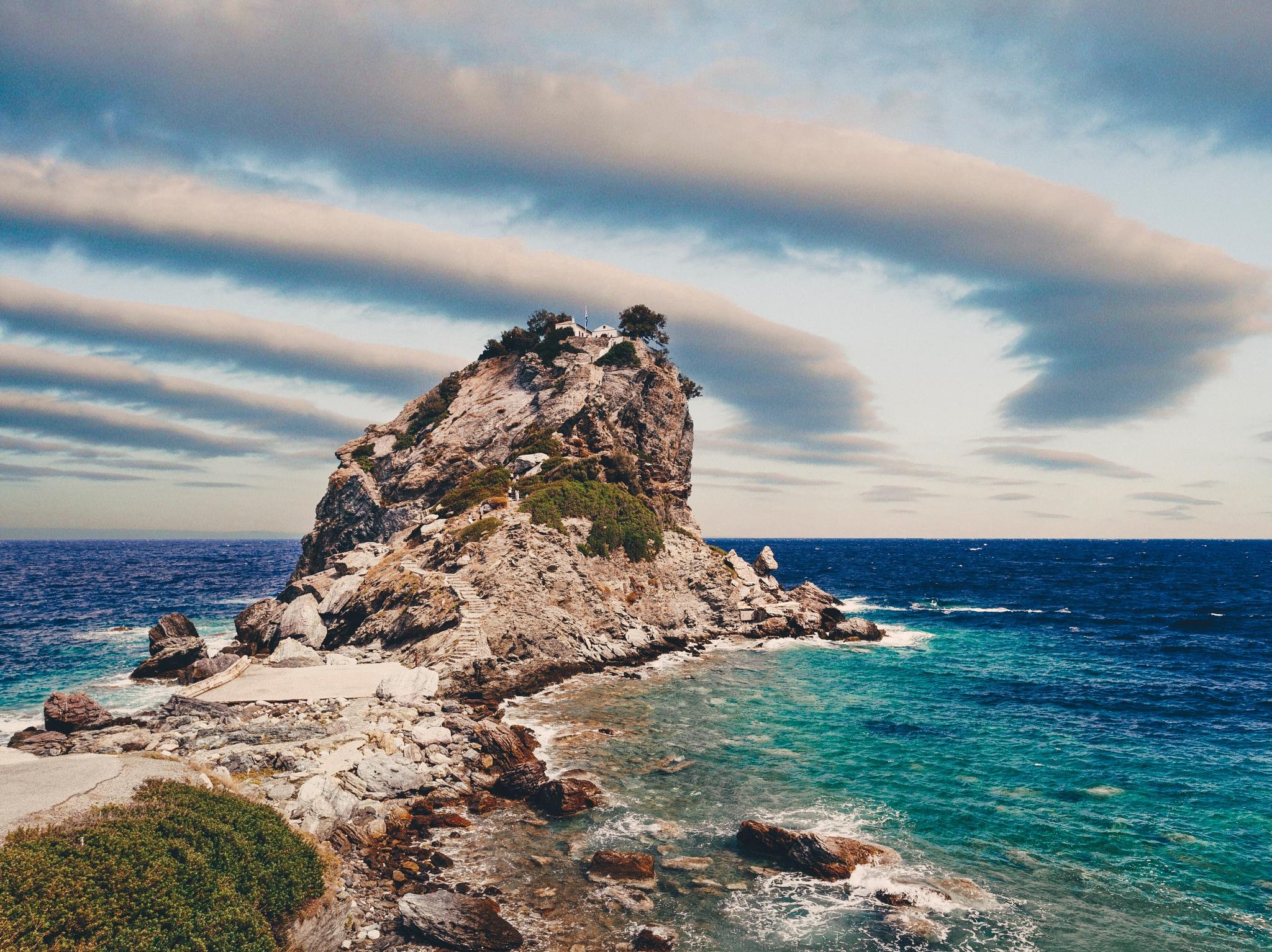 Agios Ioannis Kastri by Kuba Szymik