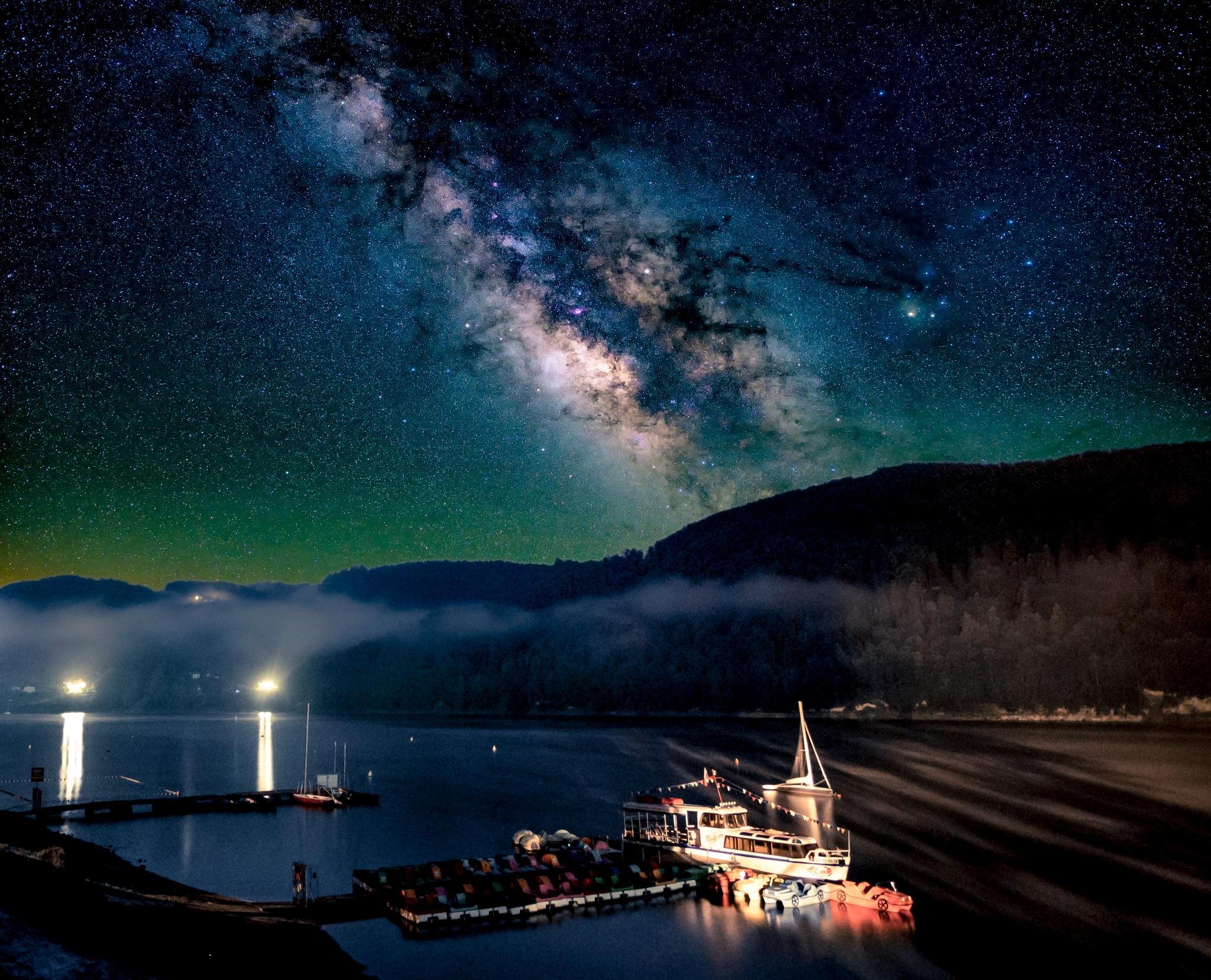 Starry night by Kuba Szymik