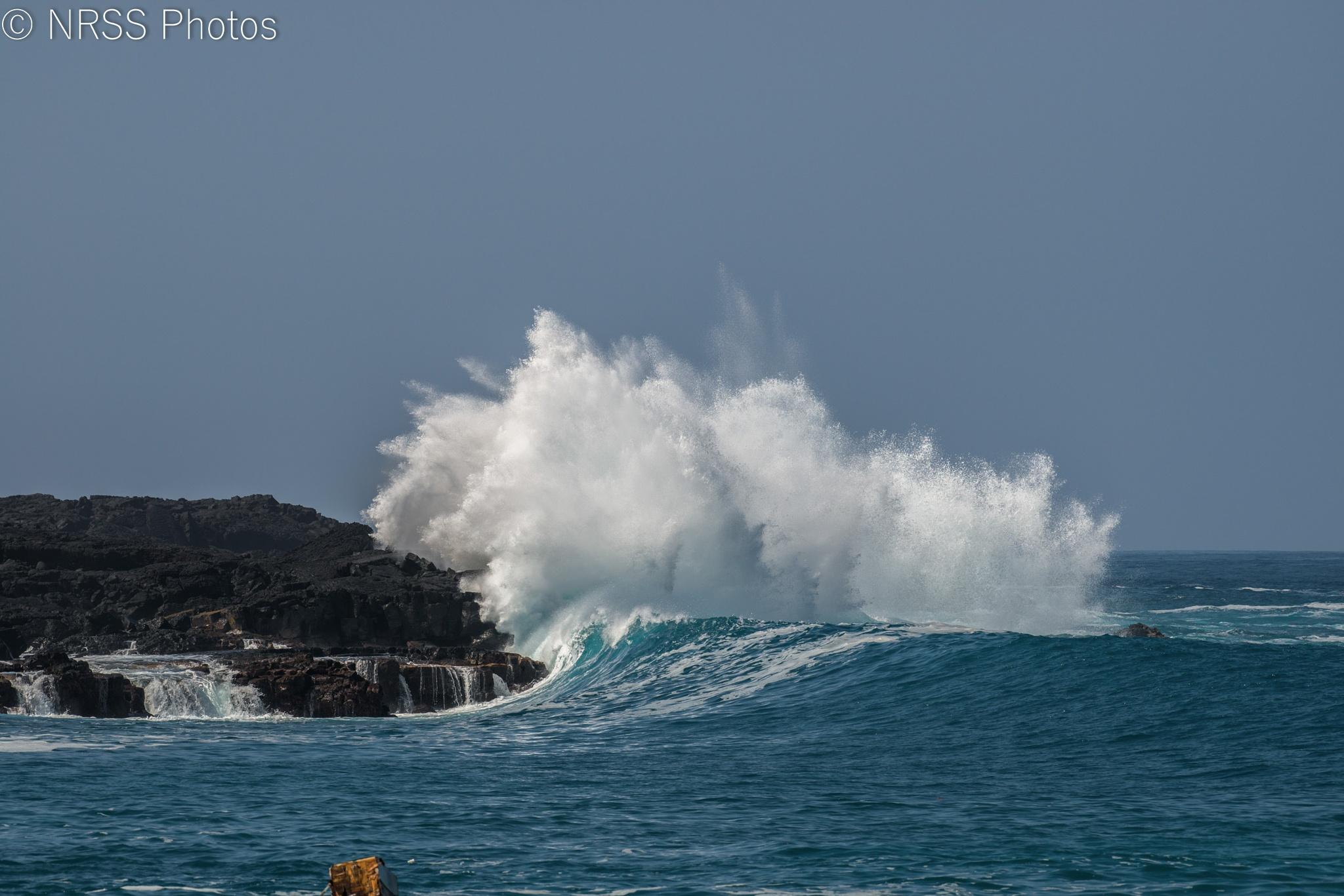 crashing wave by Chris Smith