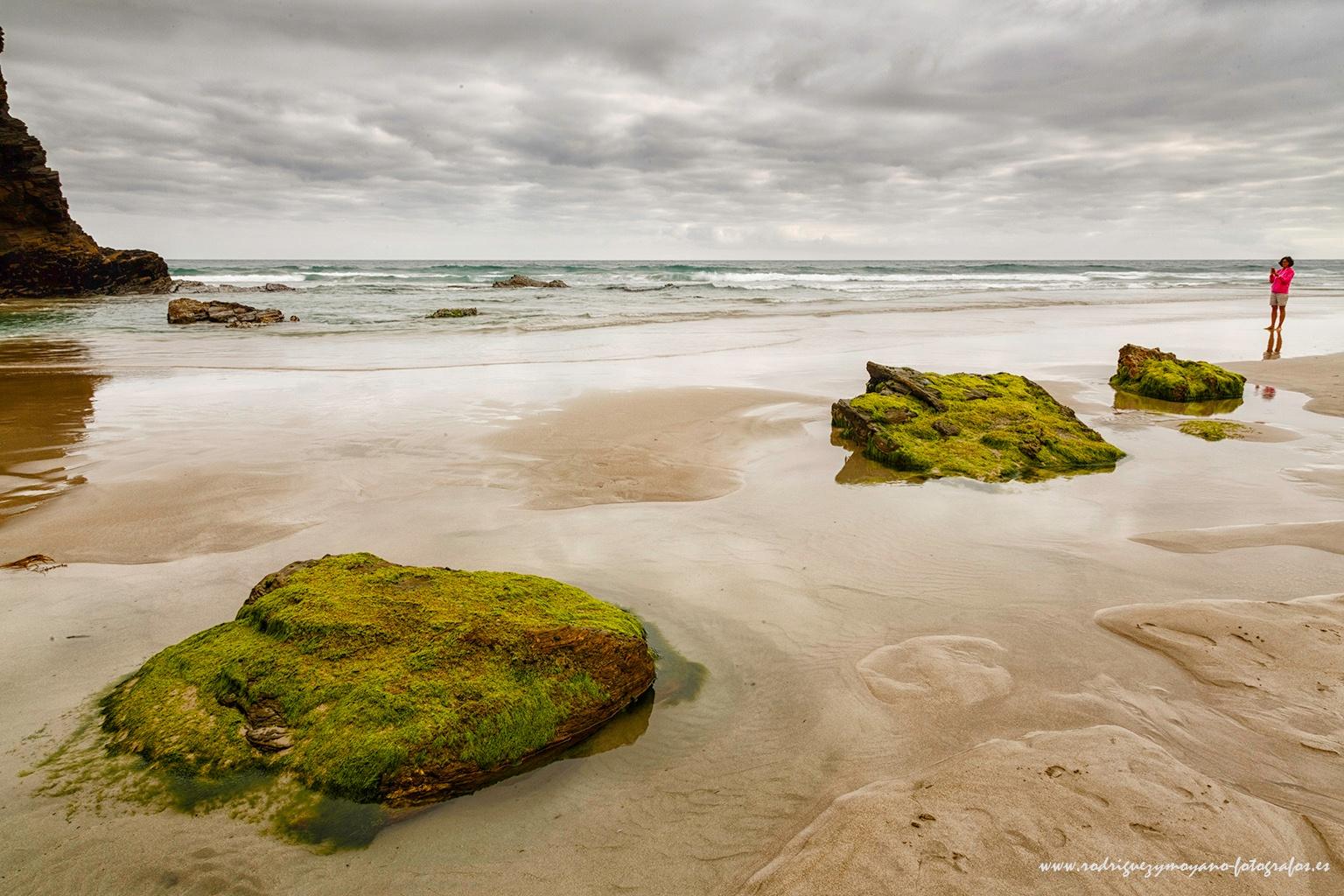 Playa de las Catedrales - Ribadeo by luisrguez