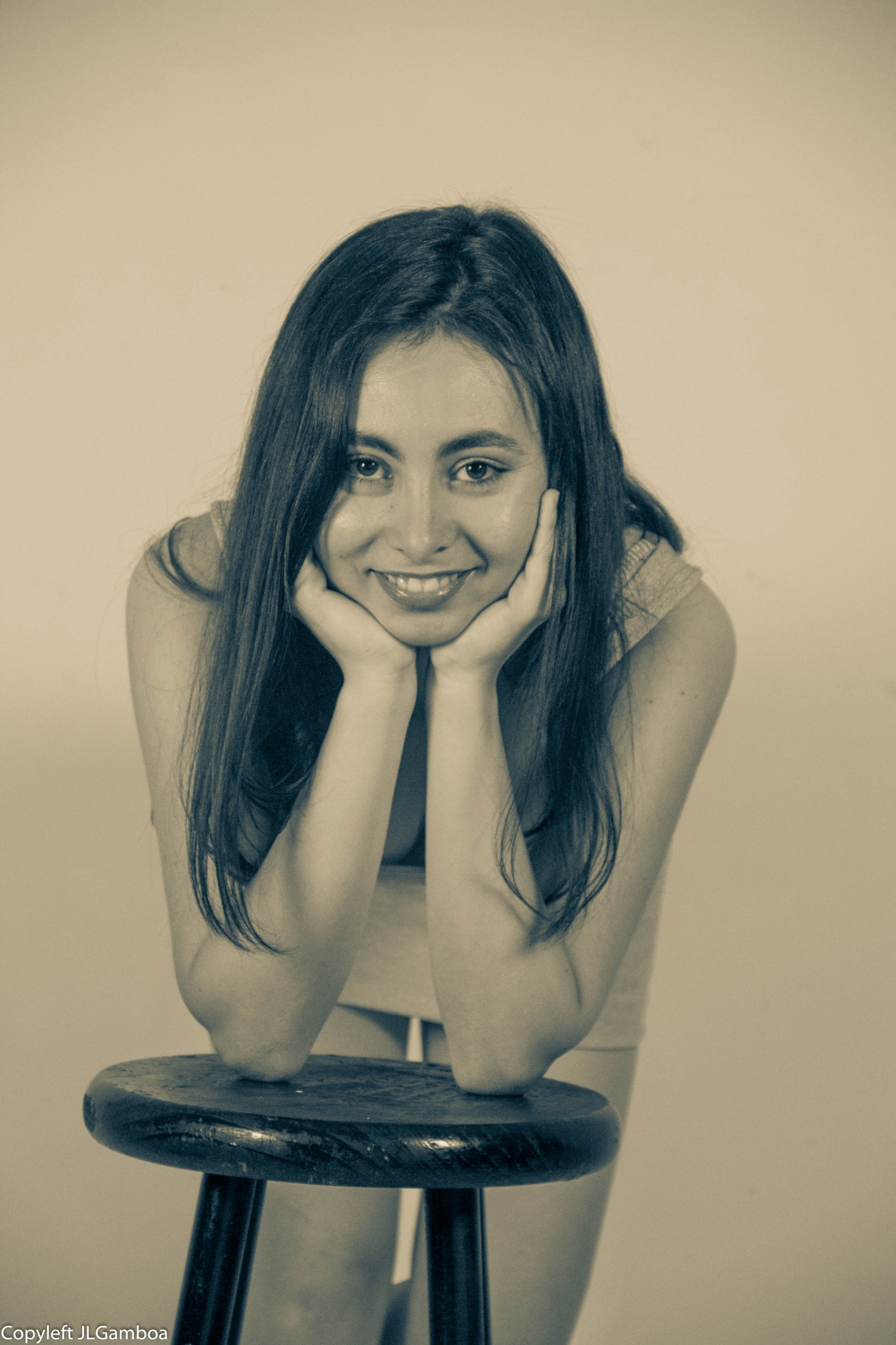 Encantadora sonrisa by Jose Luis Gamboa Urgeles