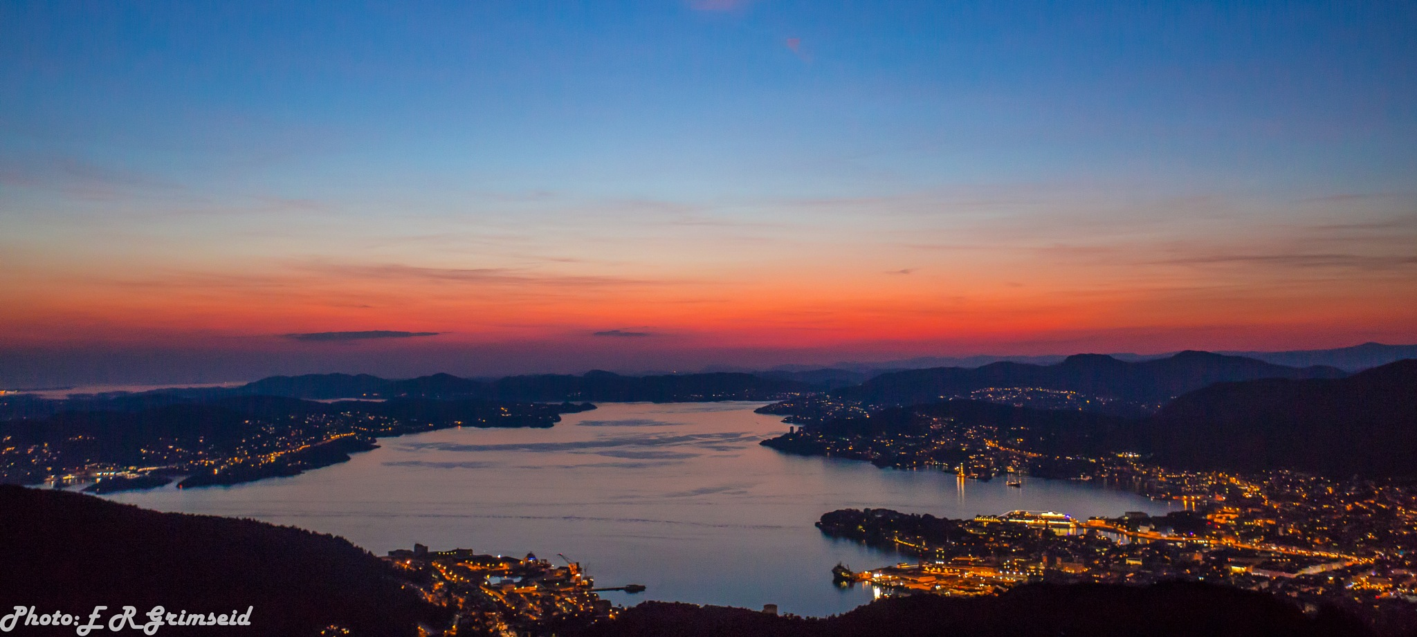 Bergen by night by Espen Rune Grimseid