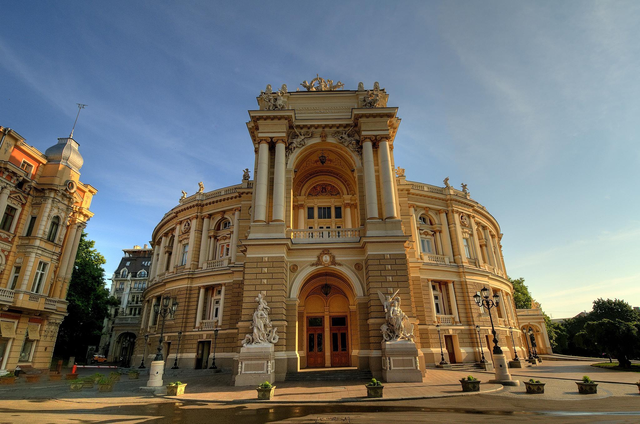 Odessa Opera House by Zhenya Rozinskiy