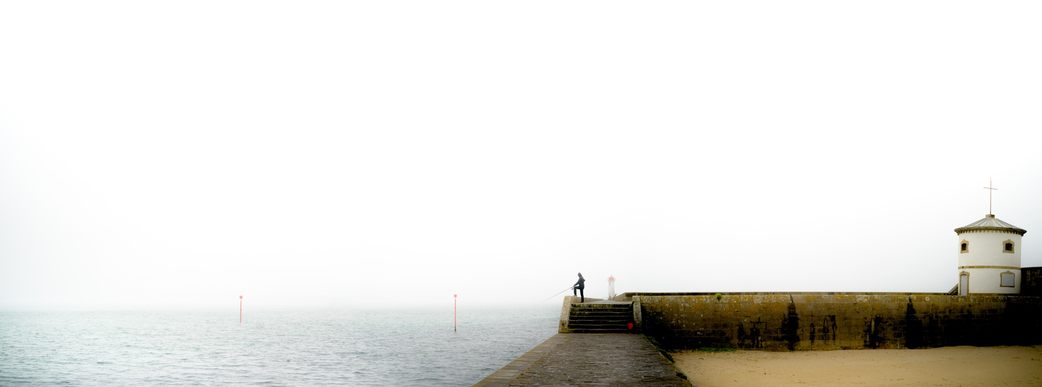 Audierne, Bretagne  by Piotr Jaxa
