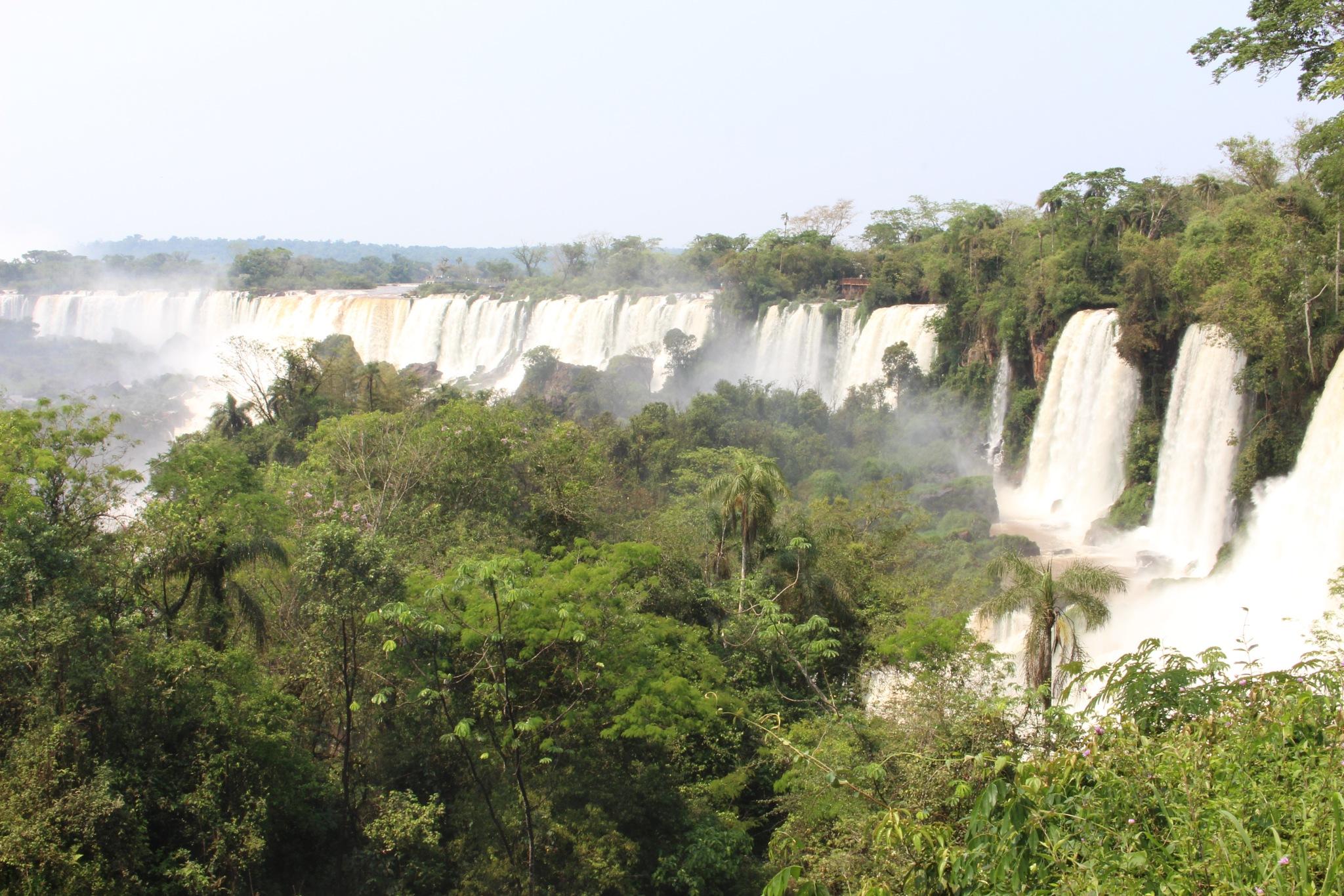 Cataratas del Iguazu by Rogerio Ferreira