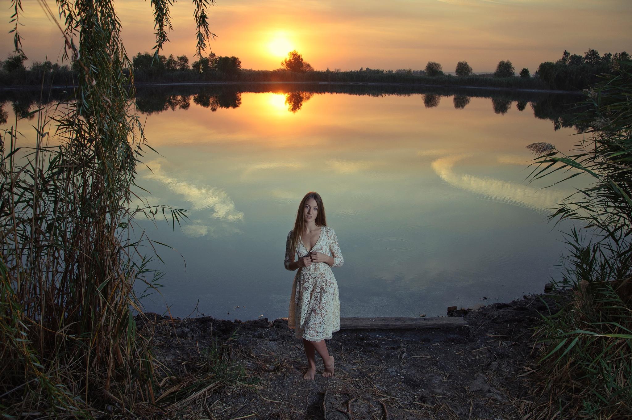 Veronika by Pavel Cherepko