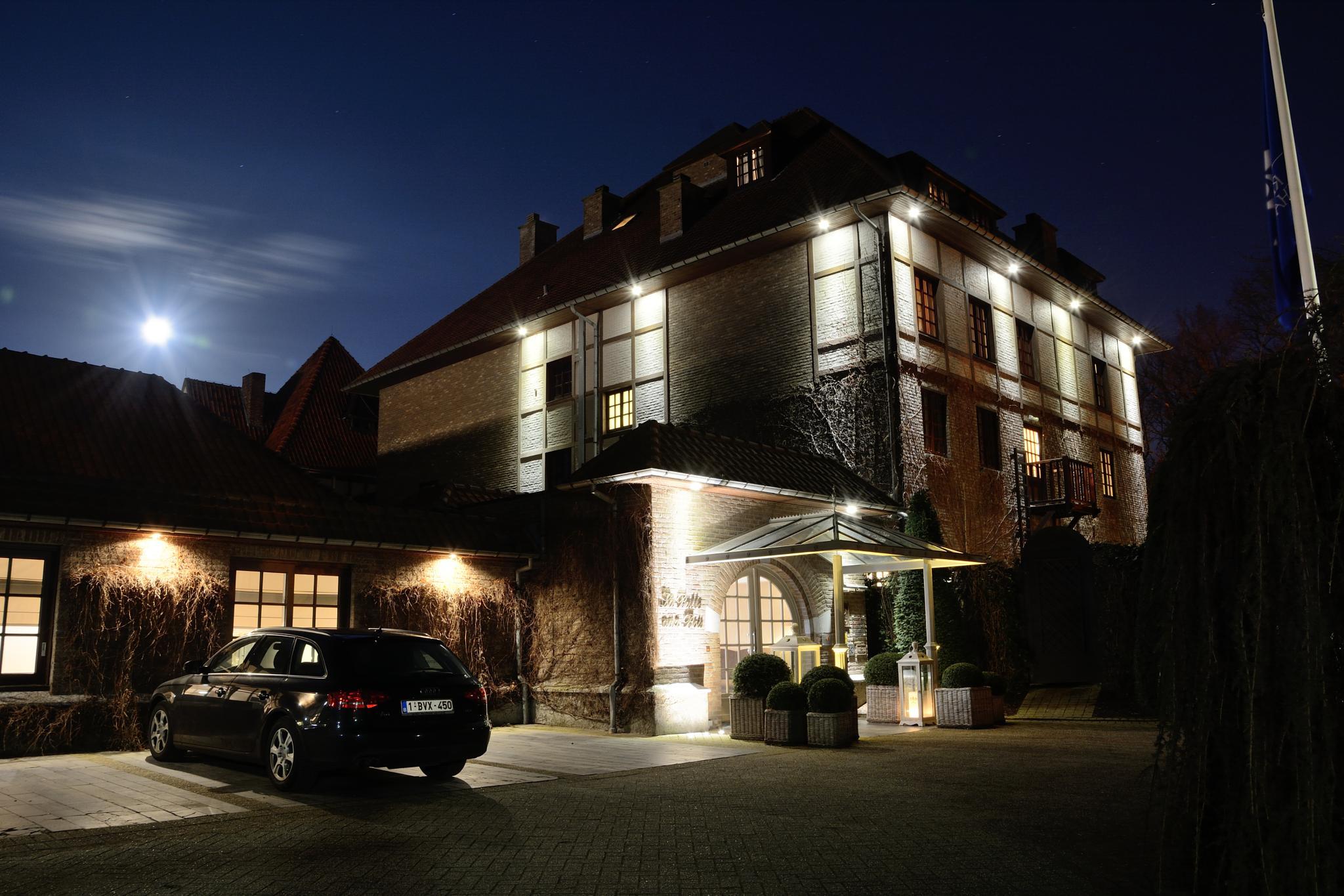"""La butte aux bois"" hotel Neerharen, Belgium by Wim Byl"