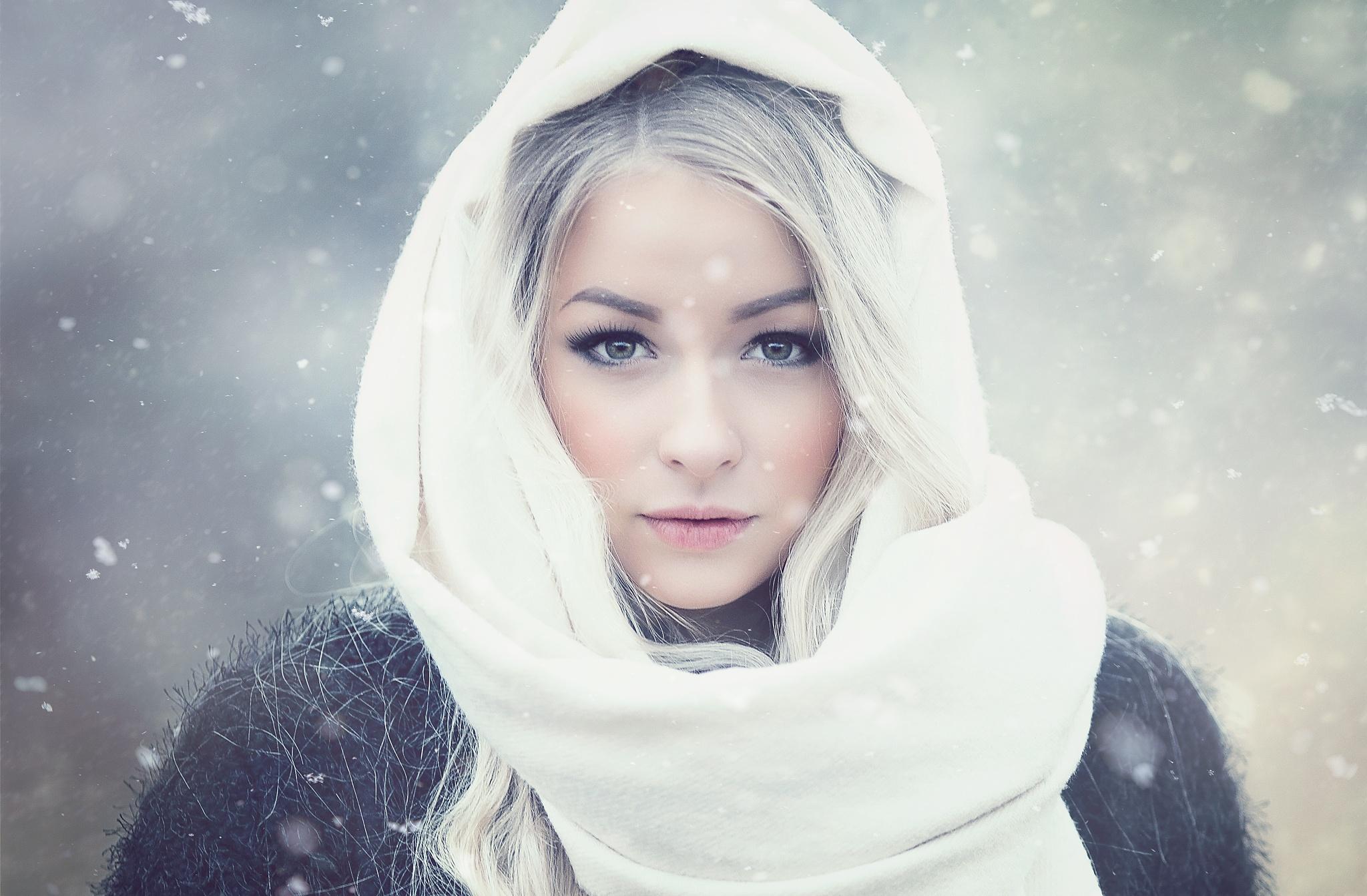 Frozen by Henri Toivonen