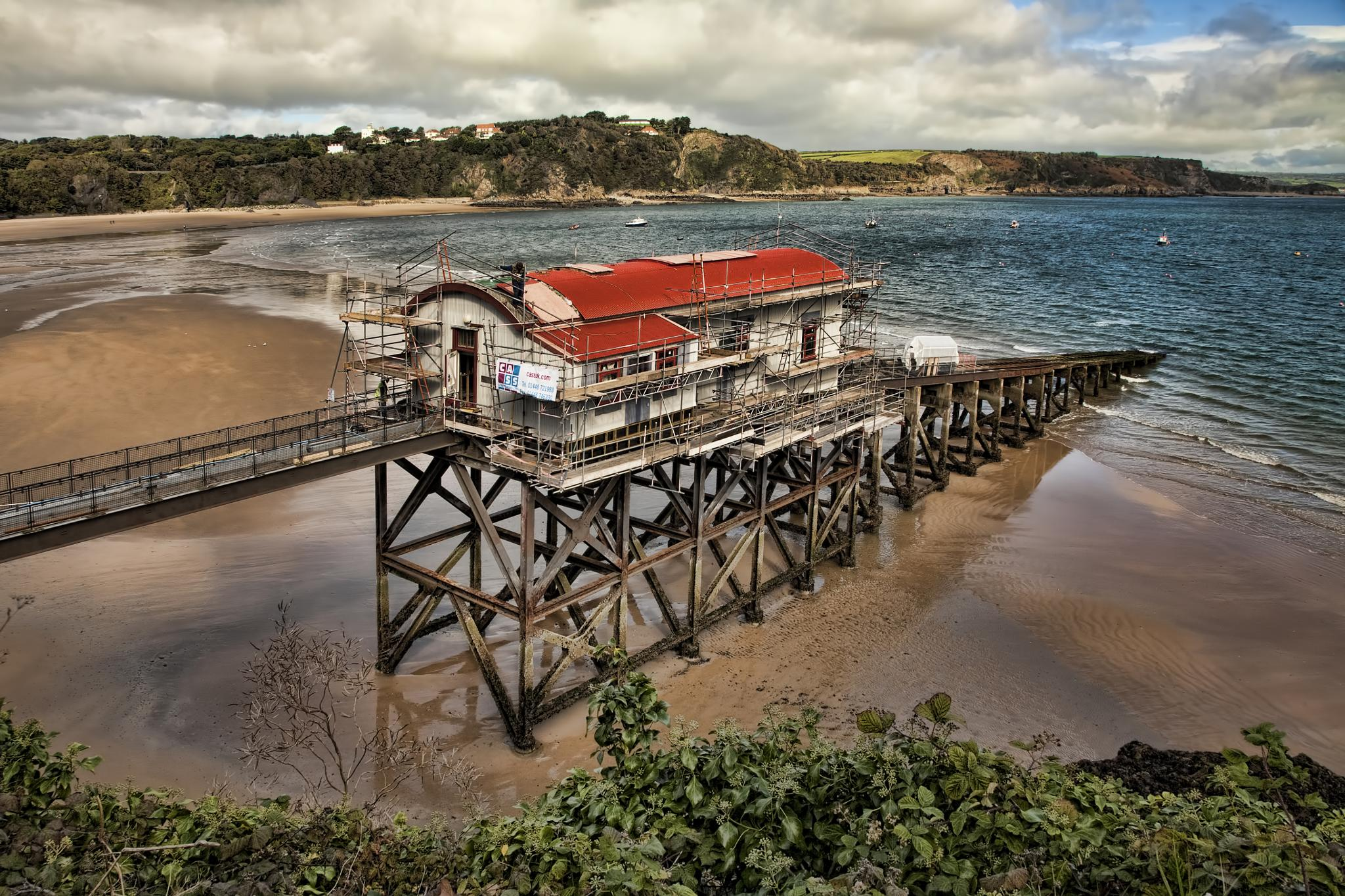 From Lifeboat house to home. by Peter Ellison