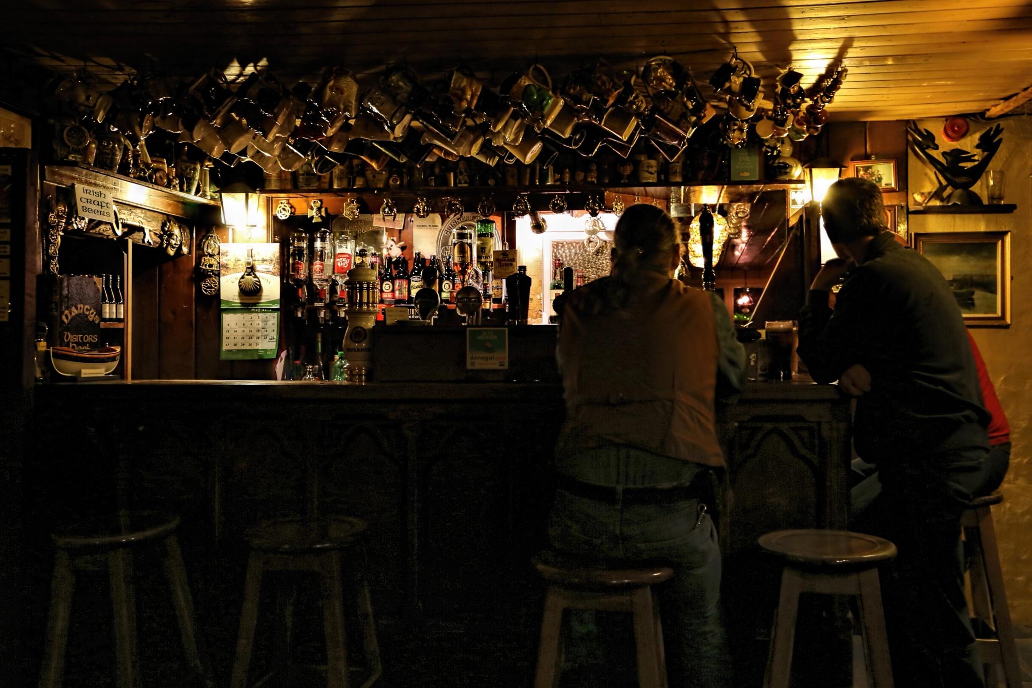 Nancy's Bar. by Peter Ellison