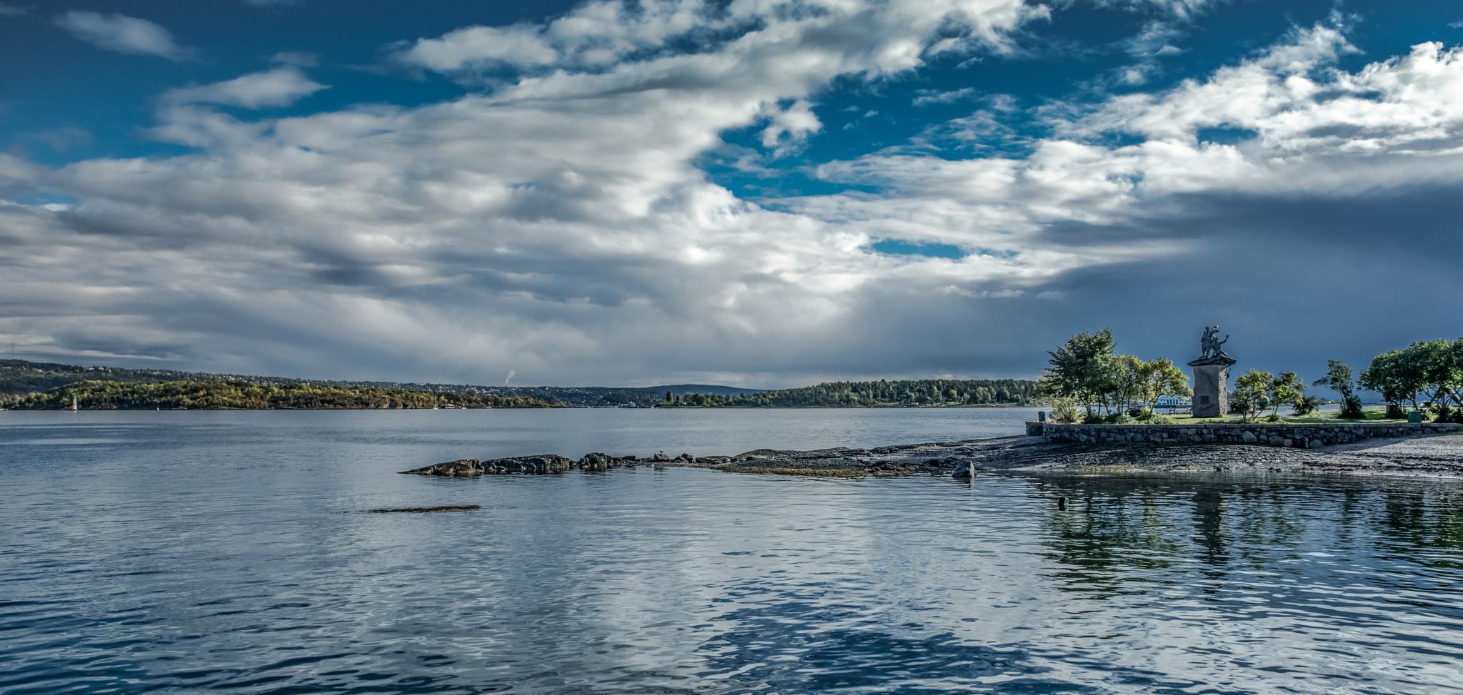 Oslo - Fjord Landscape by Jens Walter