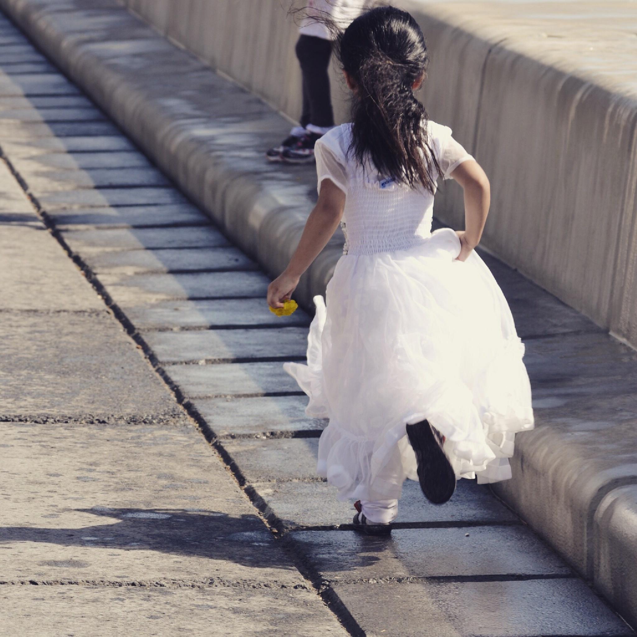 Little bride  by Eslamo