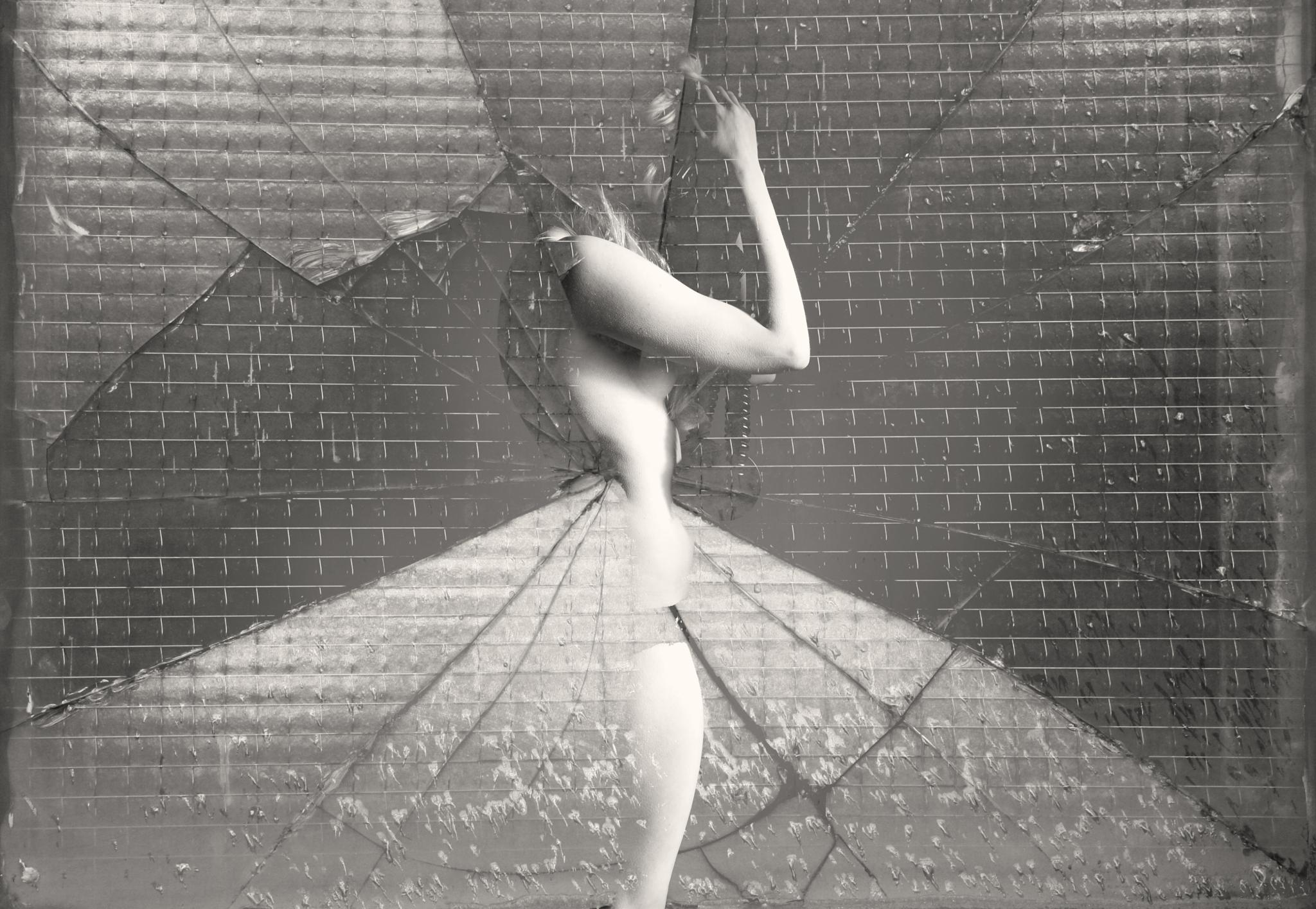 """Sydney Myers - """"Breaking Out"""" by Byrd's Eye Photography"""