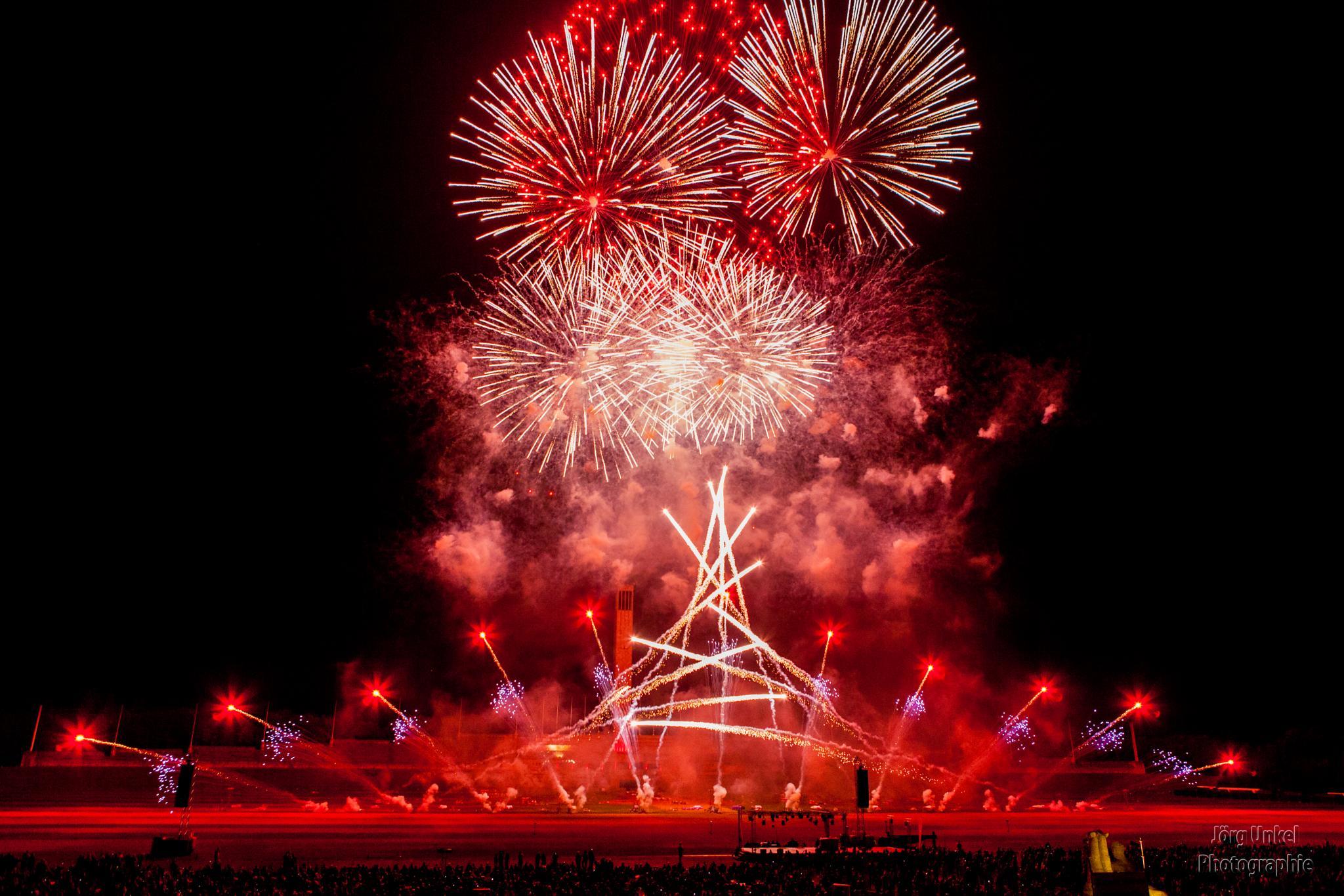 Feuerwerk by Hauptstadtpix