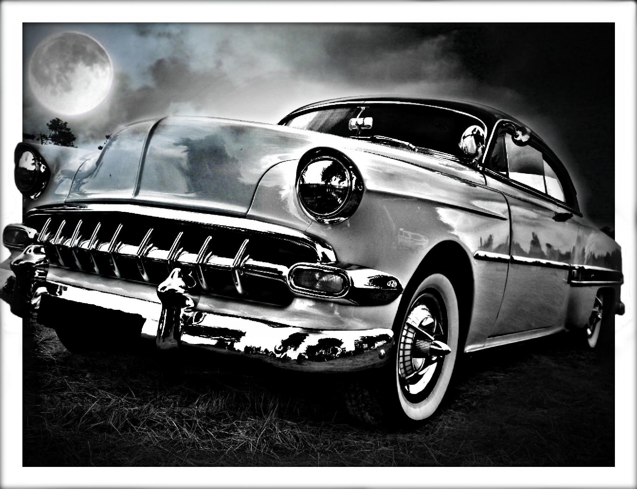 Moon vs Car by rollnstef