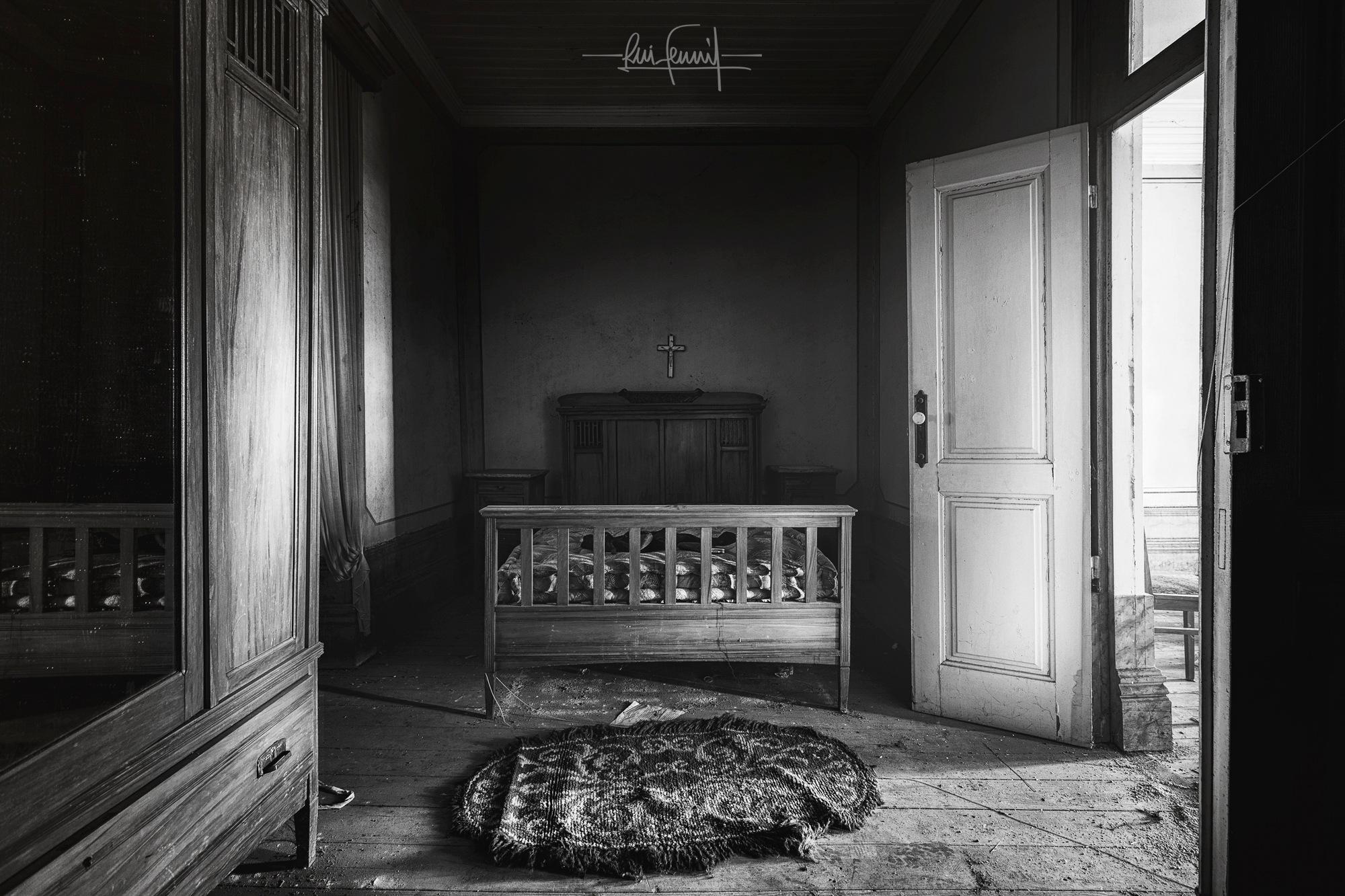 Sleepless Nights by Rui Ferreira