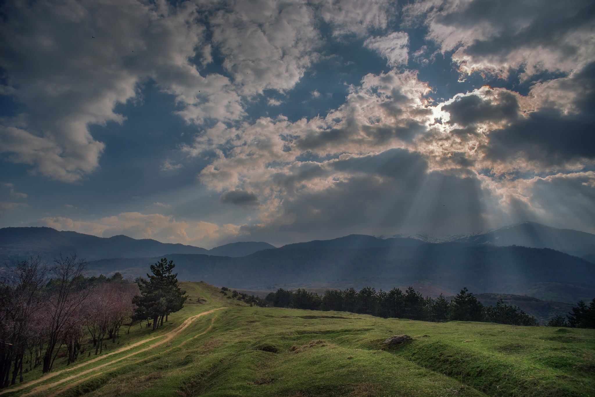 Sun ray by PetarBoskovski